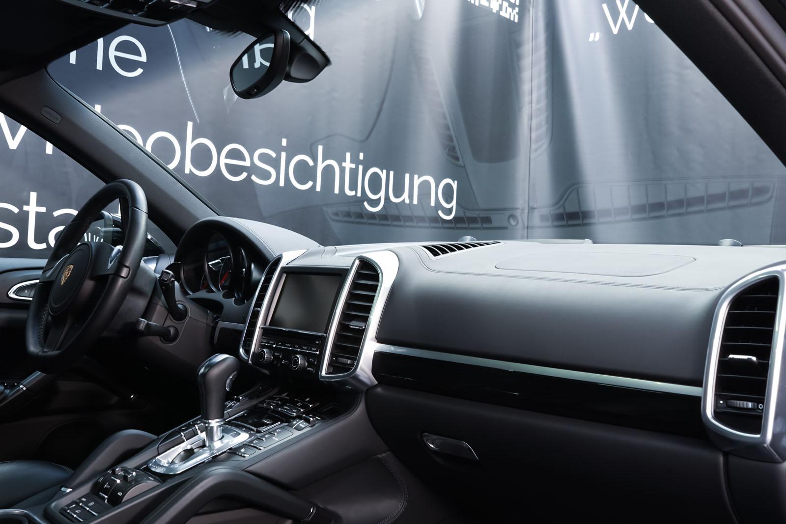 Porsche_CayenneS_Schwarz_Schwarz_POR-2086_19_w