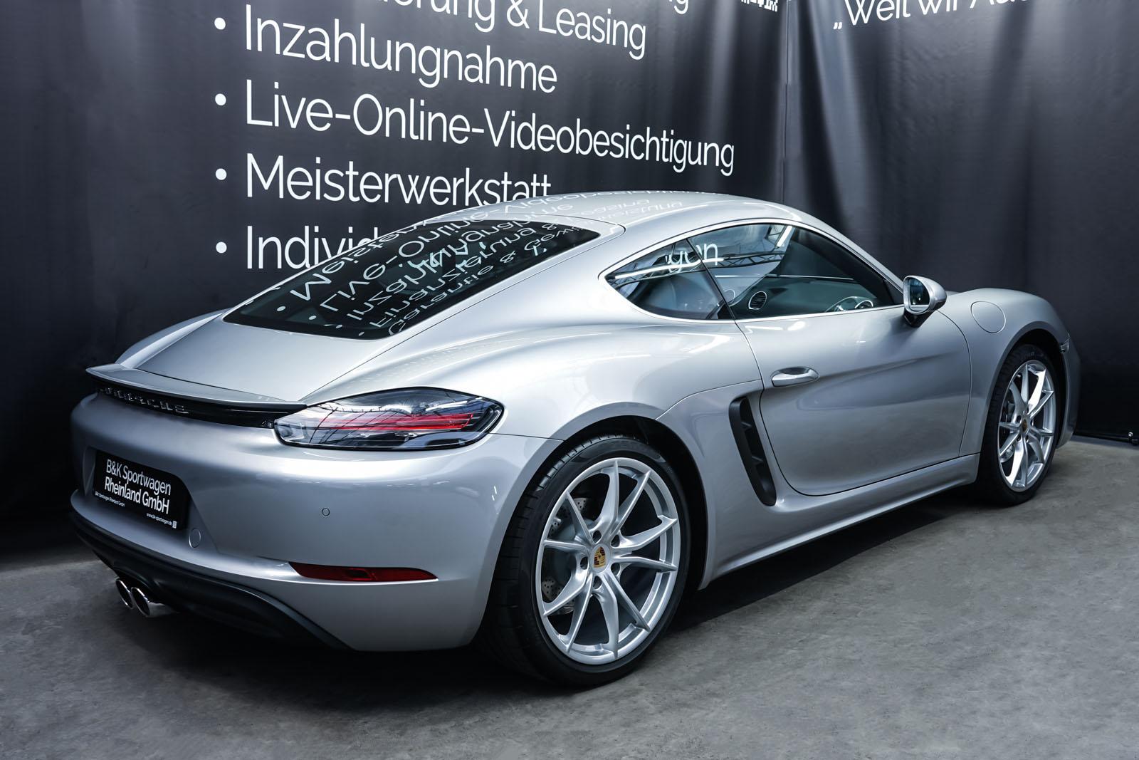 Porsche_718_Cayman_Silber_Schwarz_POR-0223_13_w
