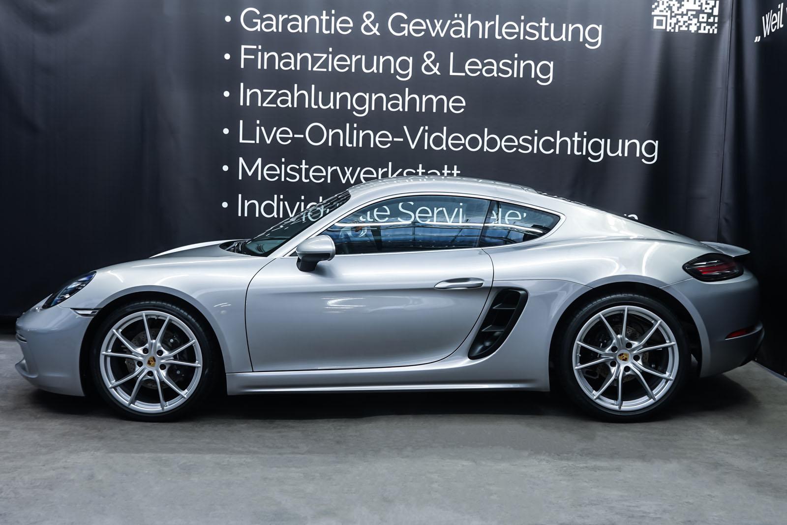 Porsche_718_Cayman_Silber_Schwarz_POR-0223_5_w