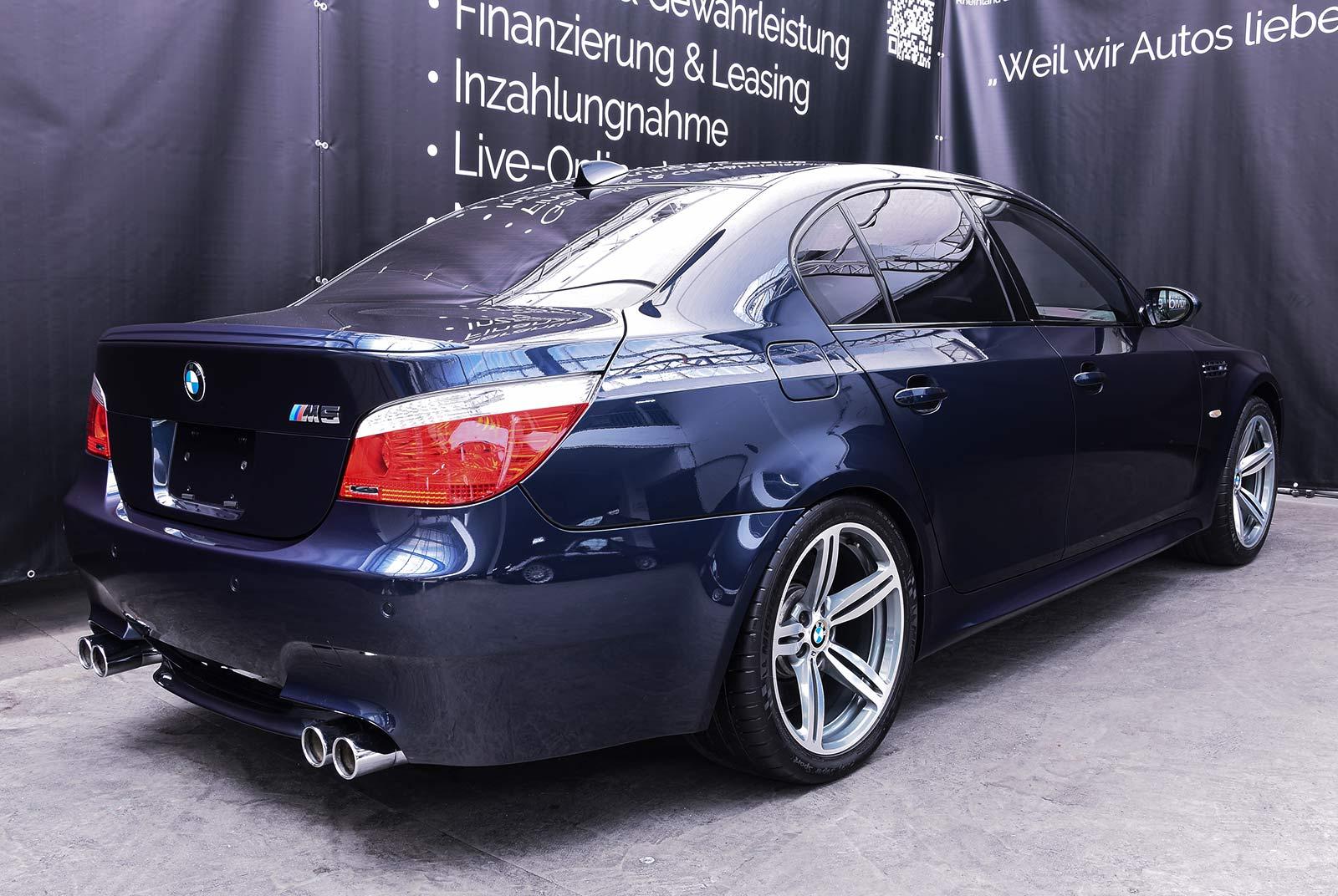 bmw_m_5_blaulila_creme_BMW-2353_02