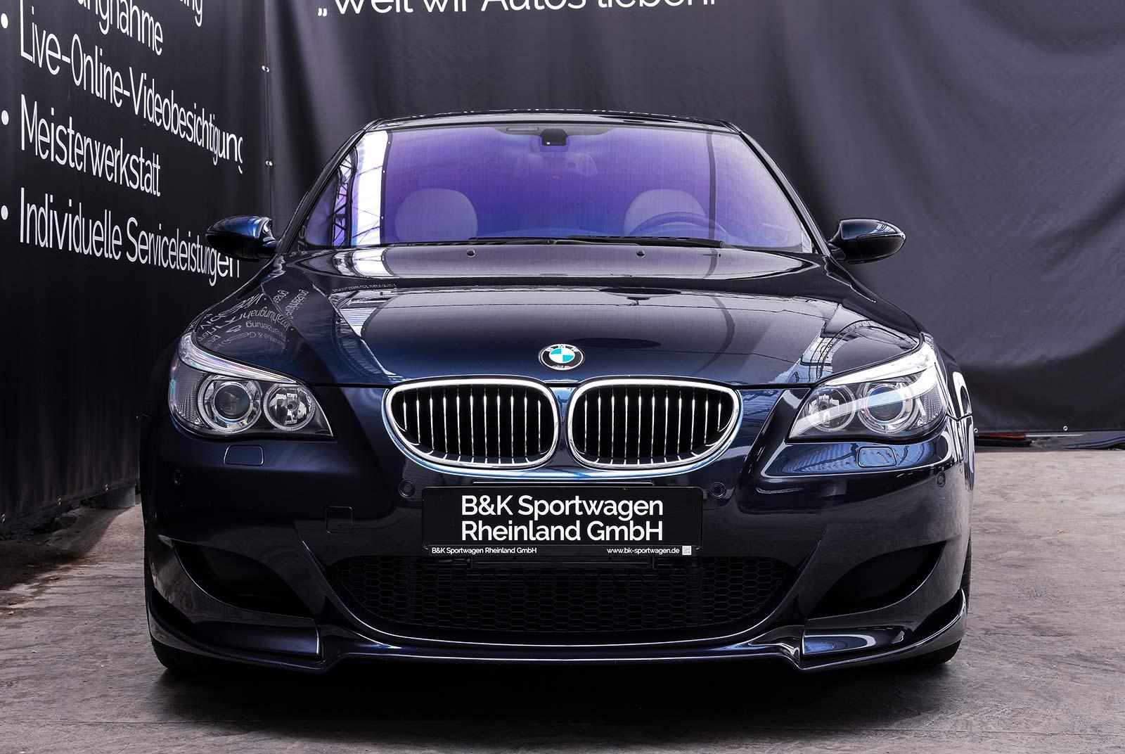 bmw_m_5_blaulila_creme_BMW-2353_03