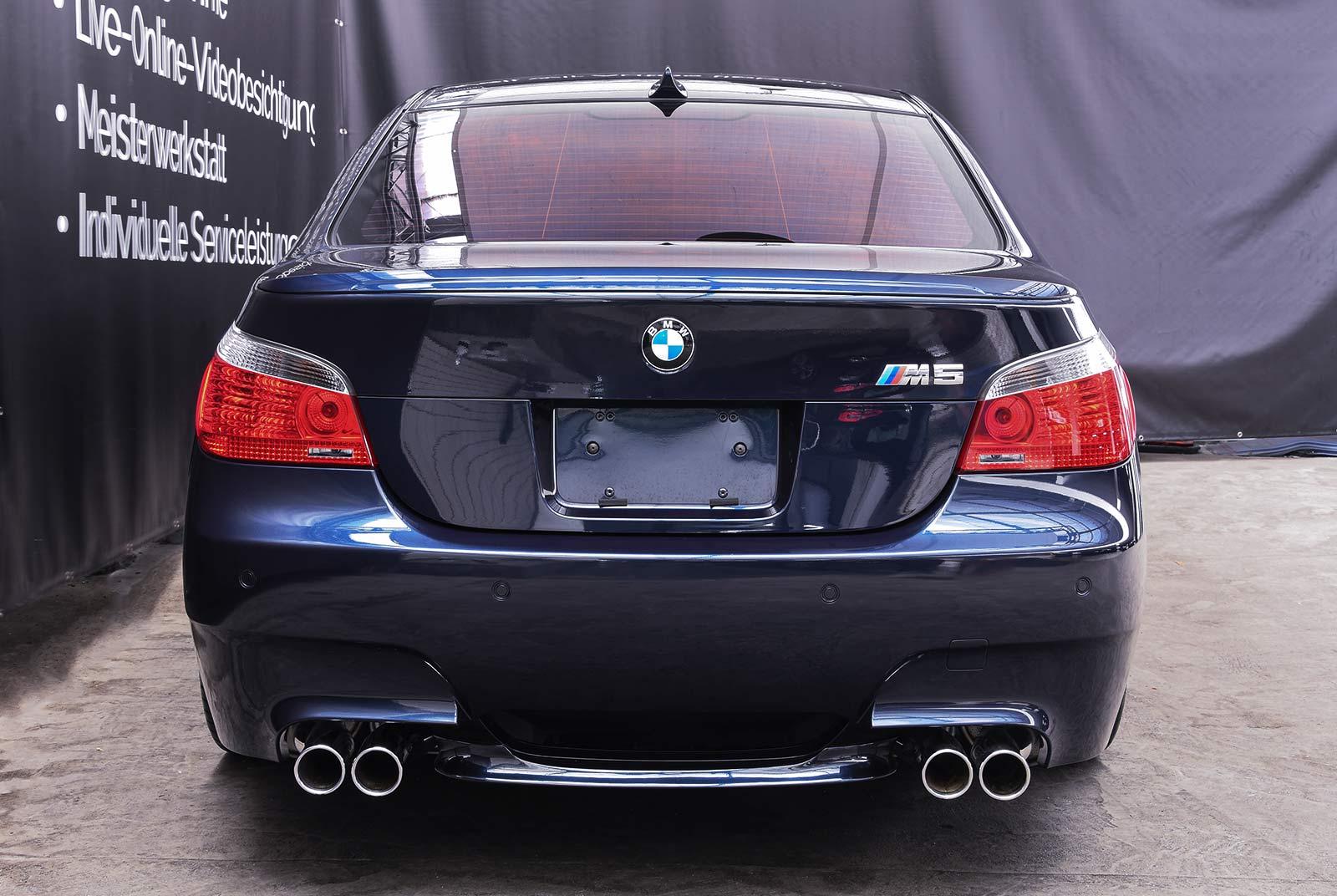 bmw_m_5_blaulila_creme_BMW-2353_04