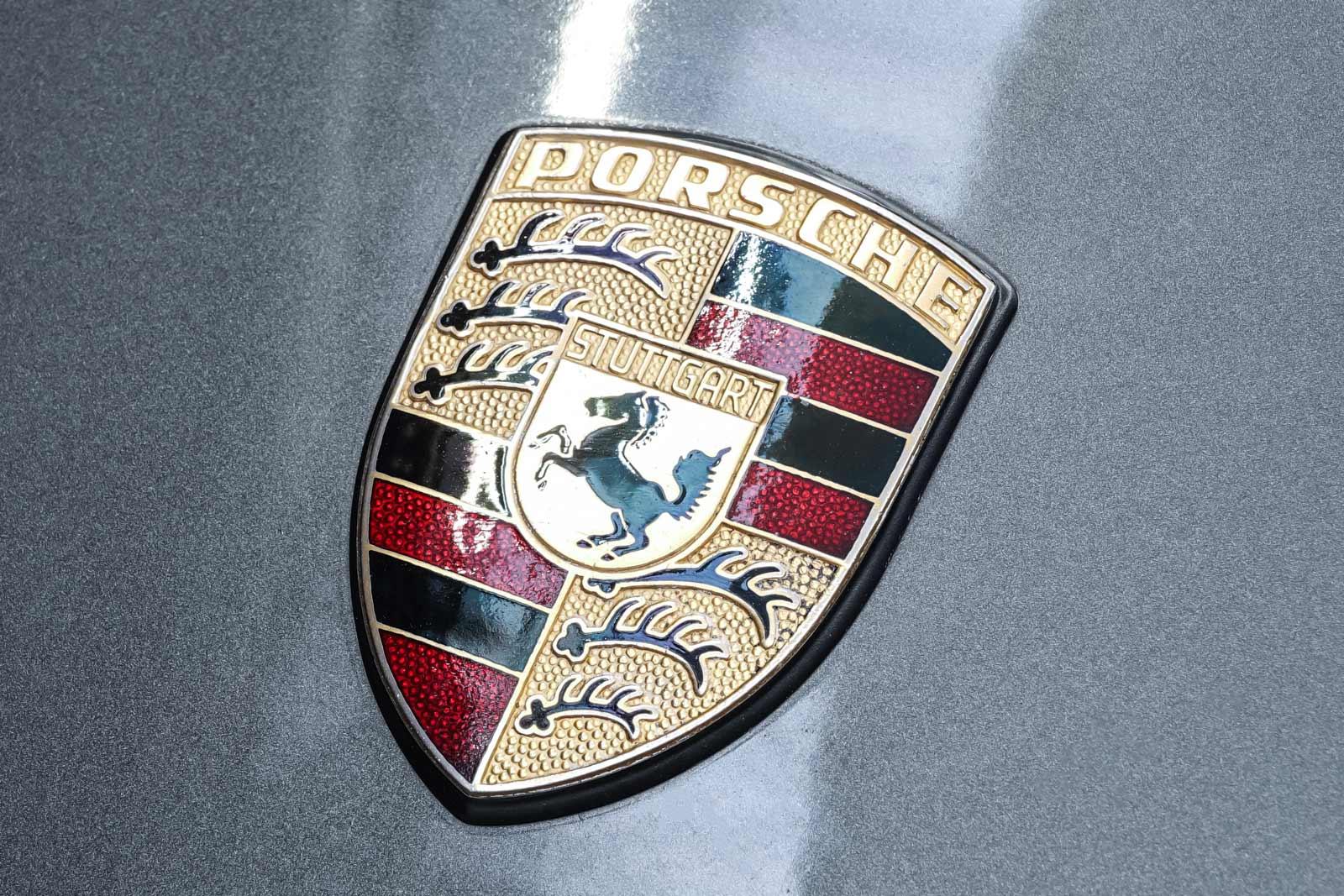Porsche_986_Targa_Grau_Pink_POR-1092_11_w