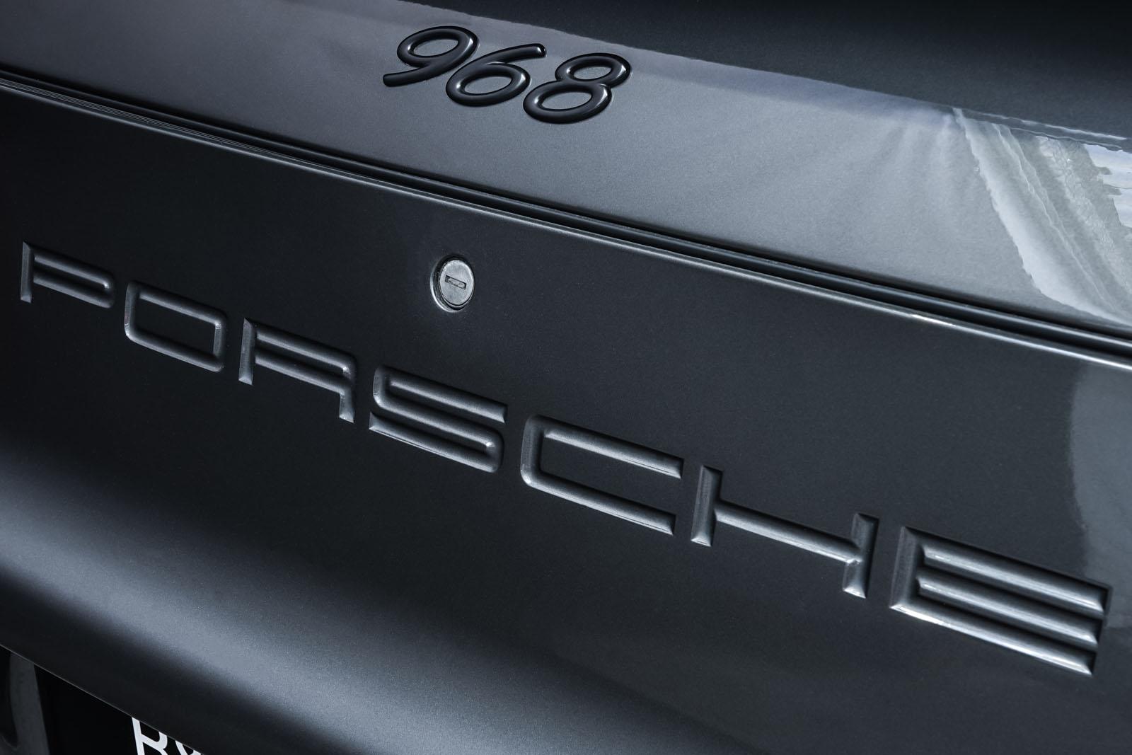 Porsche_986_Targa_Grau_Pink_POR-1092_19_w