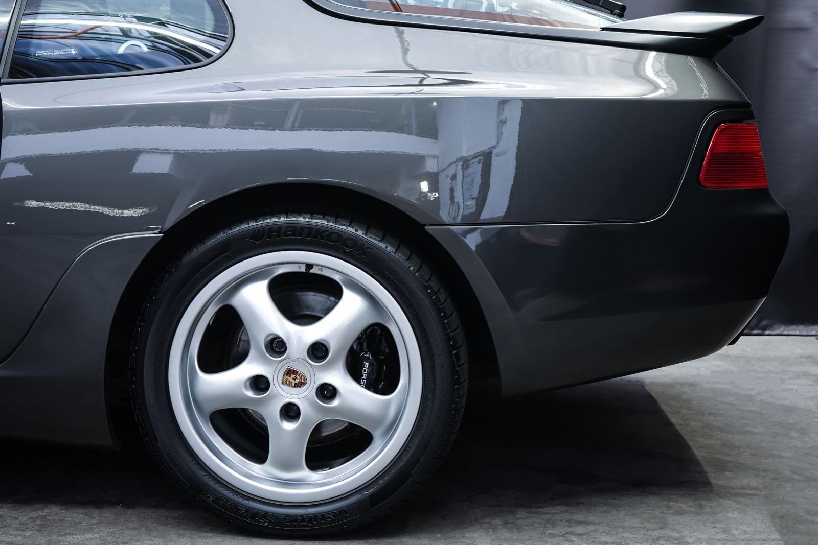 Porsche_986_Targa_Grau_Pink_POR-1092_4_w