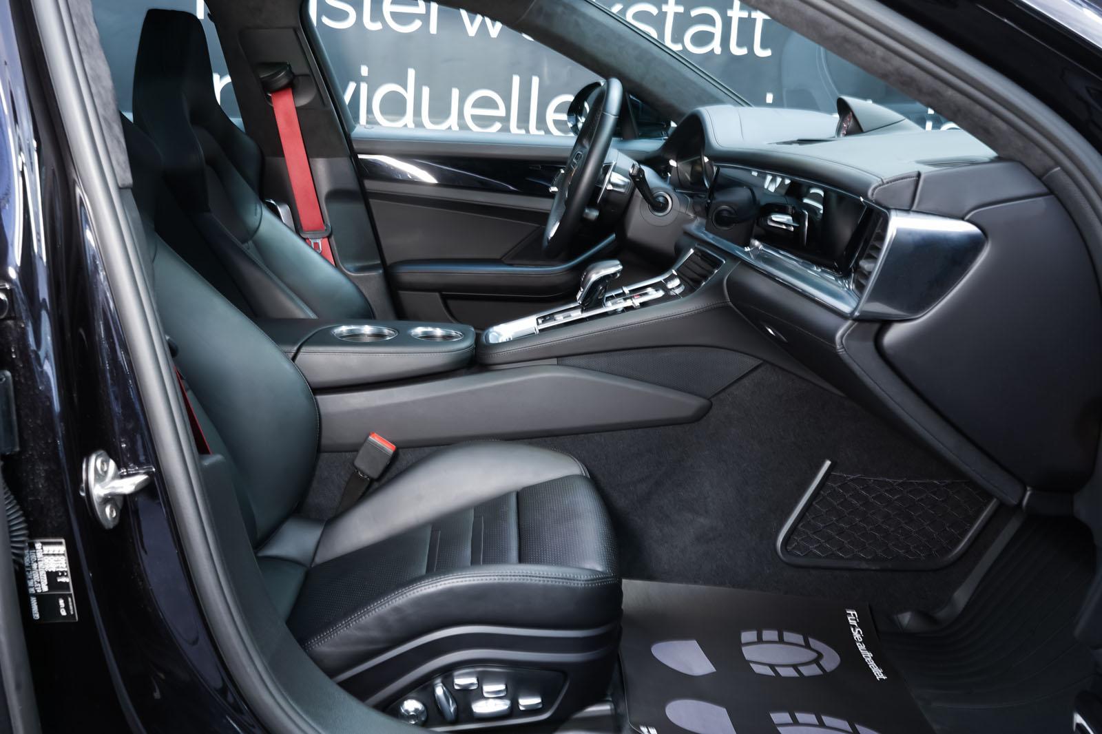 Porsche_Panamera_SportTurismo_Turbo_Schwarz_Schwarz_POR-5145_19_w