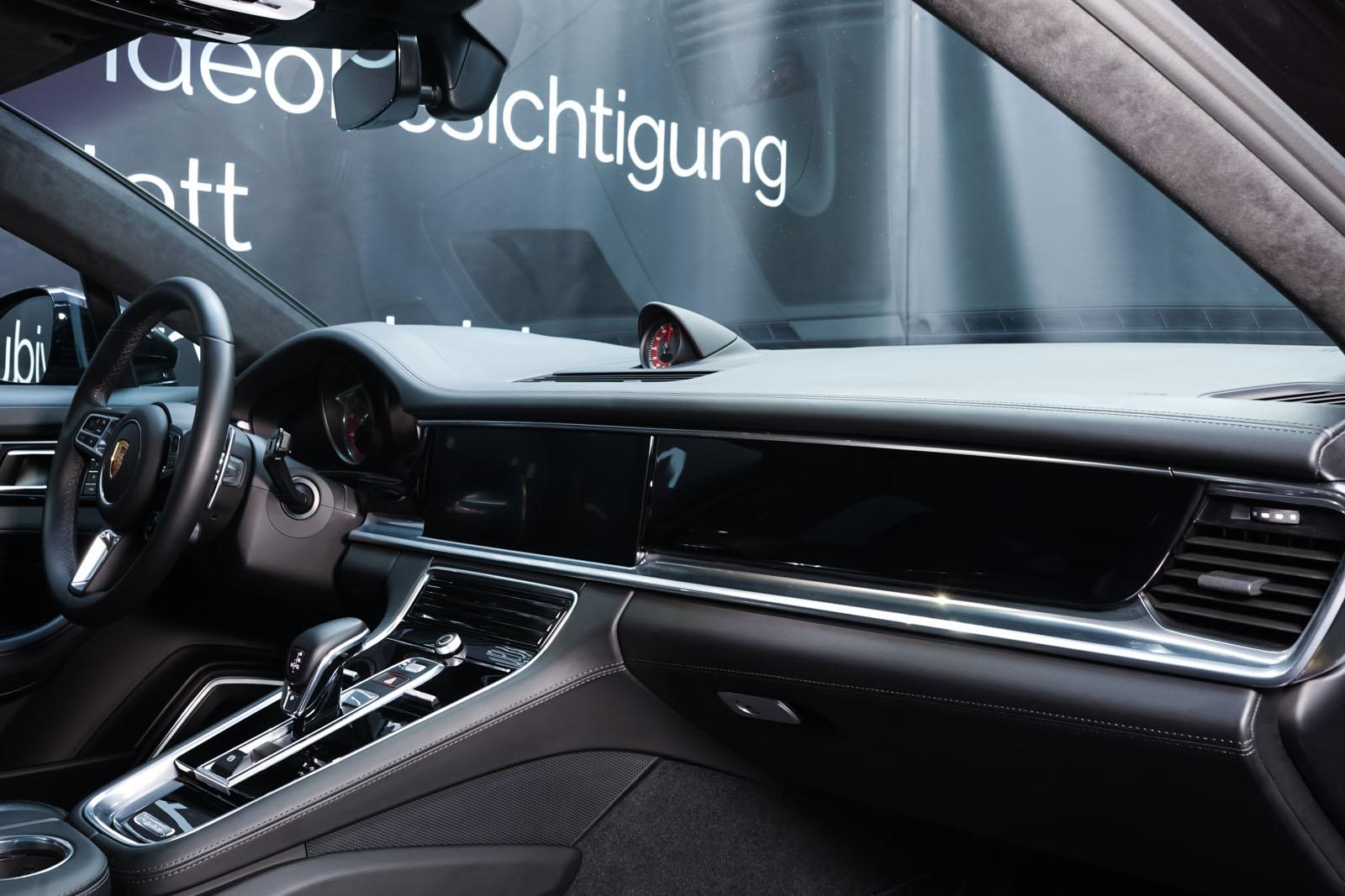 Porsche_Panamera_SportTurismo_Turbo_Schwarz_Schwarz_POR-5145_20_w