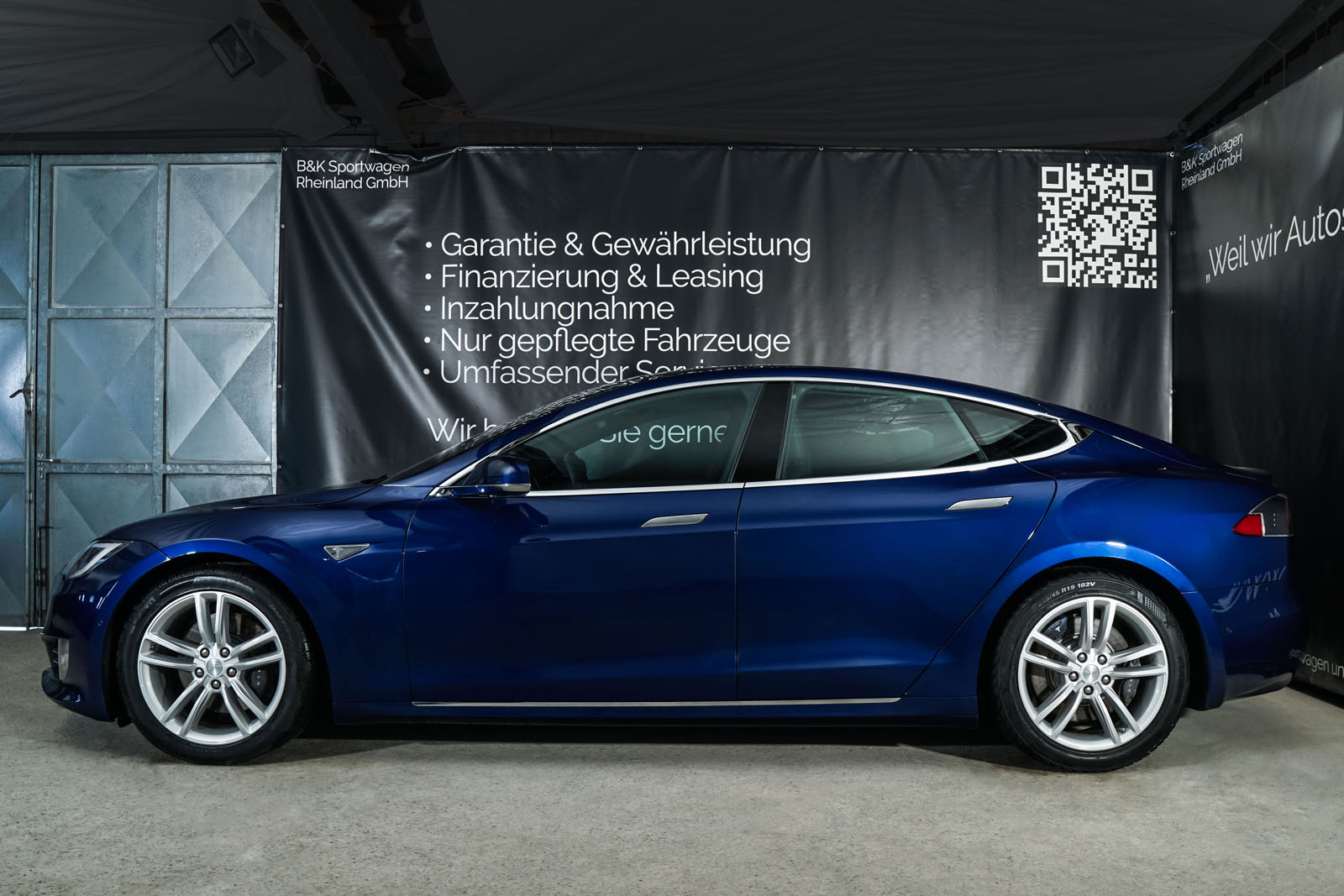Tesla_ModelS_90D_Blau_Schwarz_Tes-0513_5_w