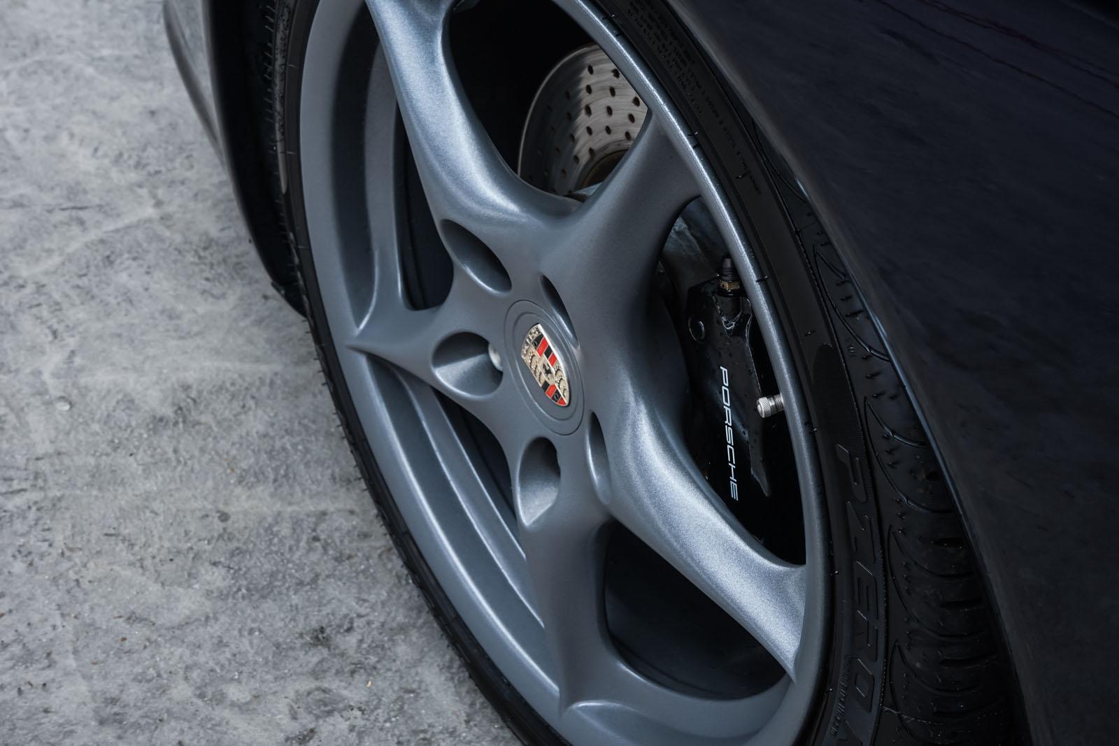 Porsche_996_Dunkelblau_Grau_POR-4337_11_w