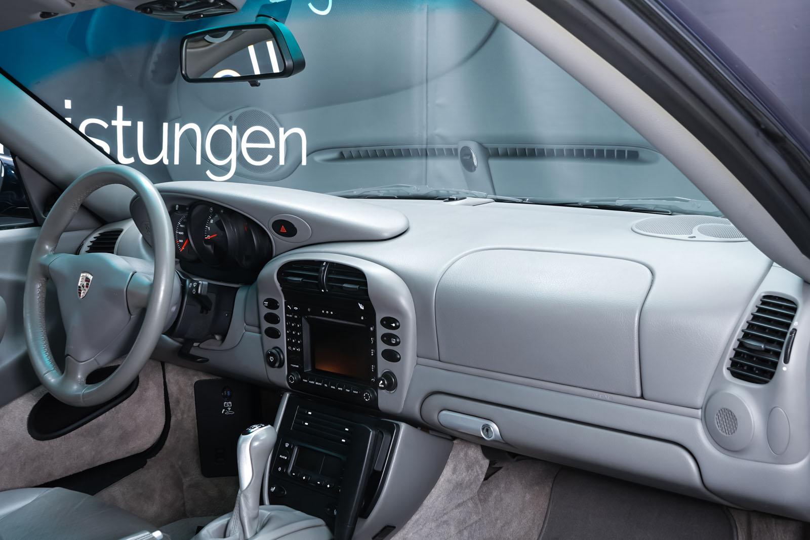 Porsche_996_Dunkelblau_Grau_POR-4337_18_w