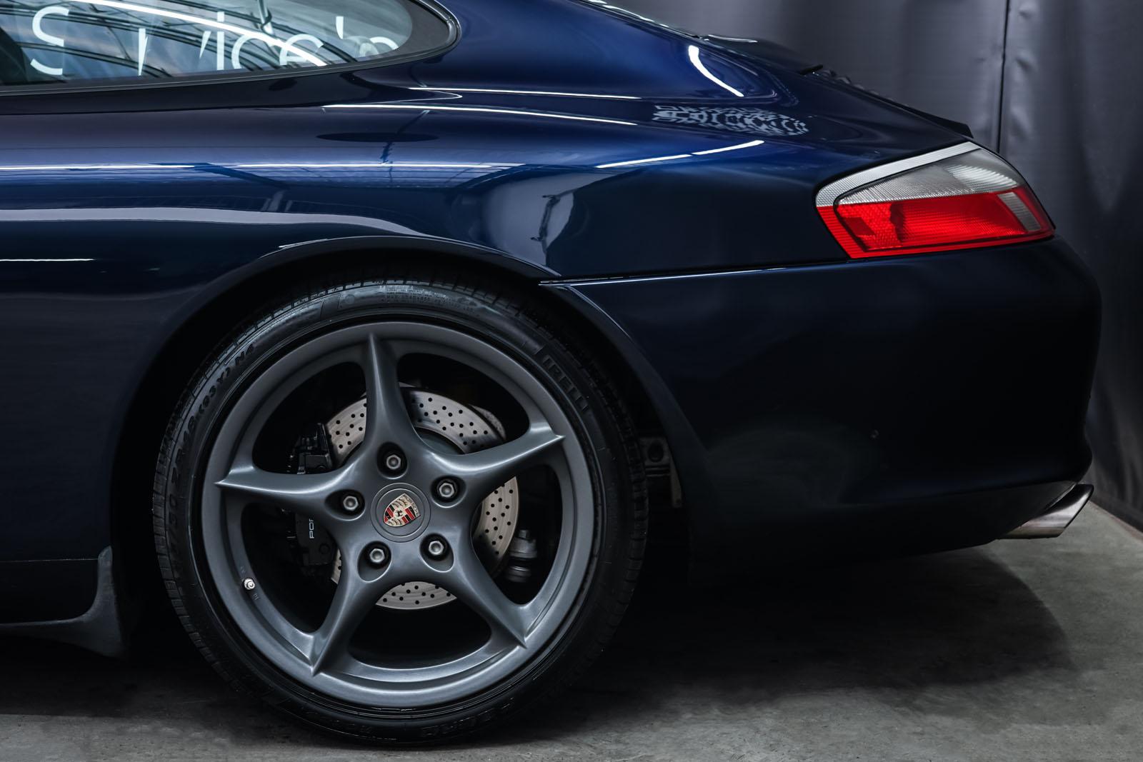 Porsche_996_Dunkelblau_Grau_POR-4337_4_w