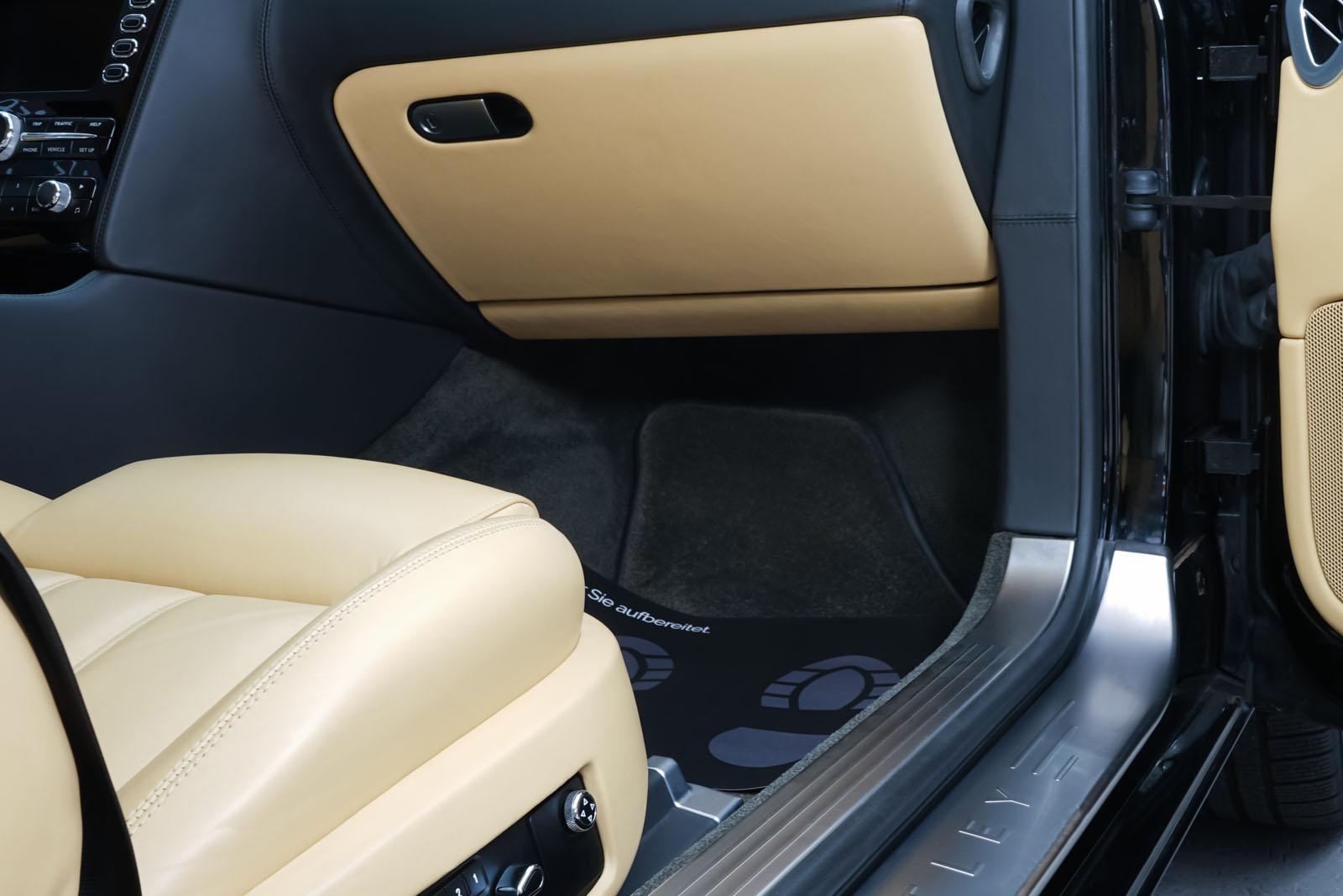 Bentley_Continental_GT_Schwarz_Beige_BEN-1159_17_w