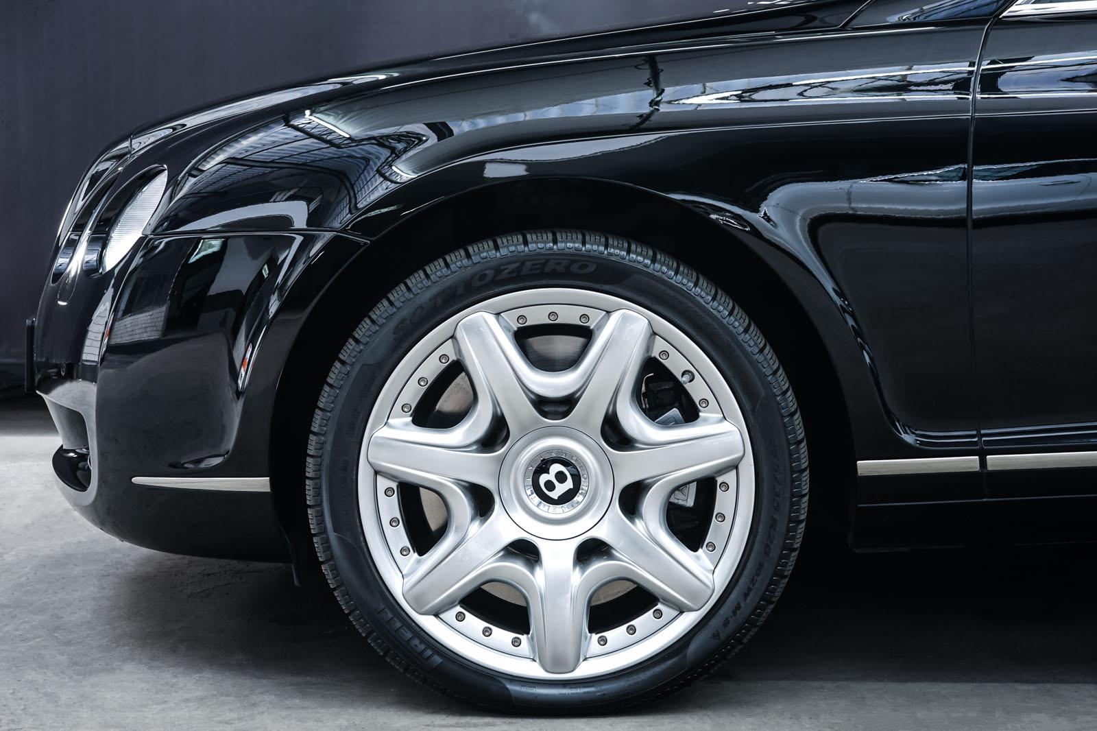 Bentley_Continental_GT_Schwarz_Beige_BEN-1159_3_w