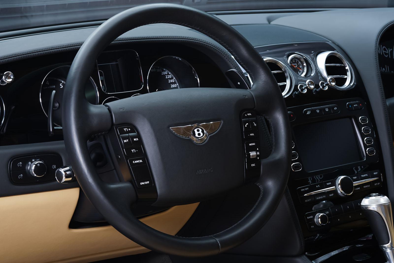 Bentley_Continental_GT_Schwarz_Beige_BEN-1159_8_w