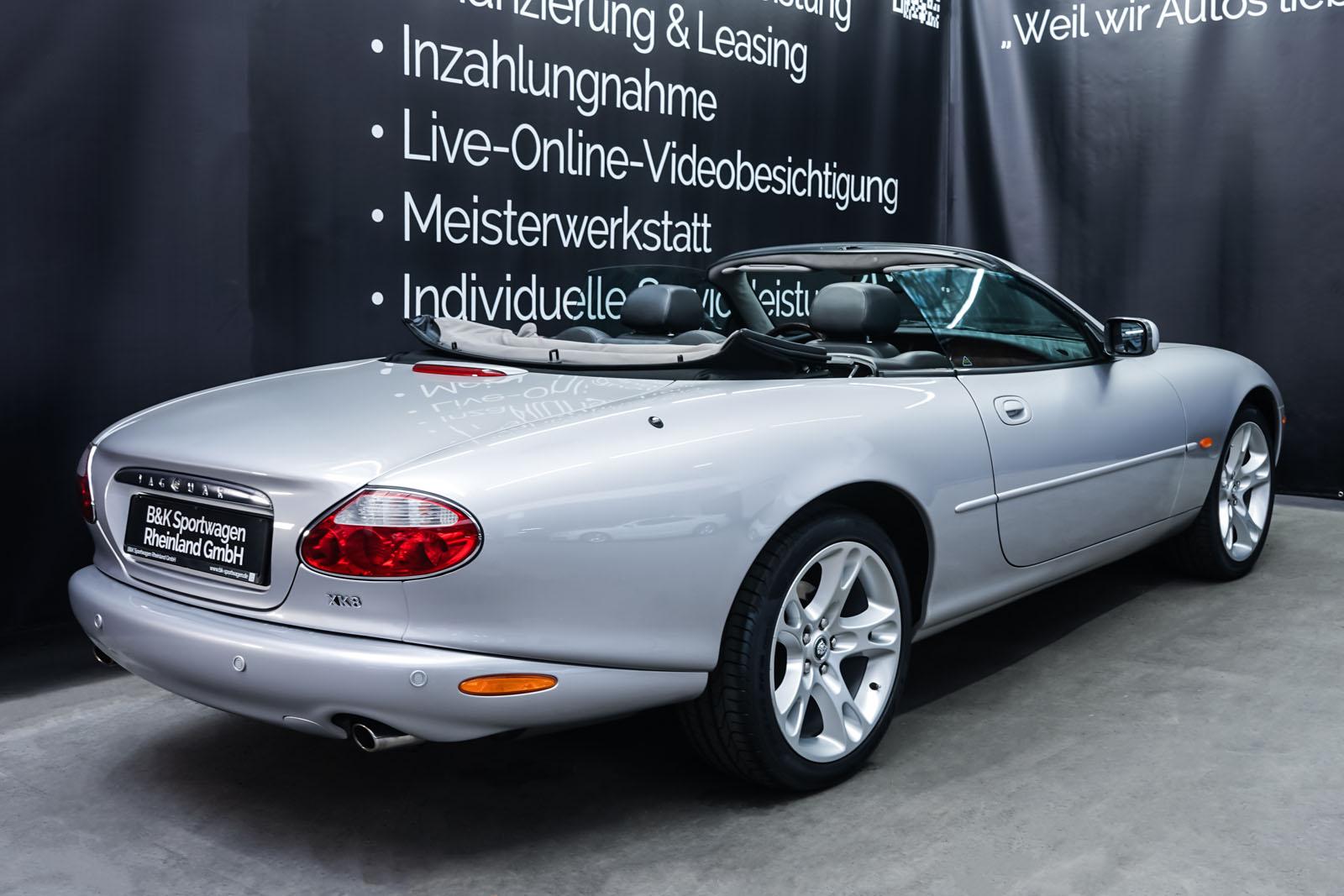 Jaguar_XK8_4.0_Silber_Schwarz_JAG-9731_18_w