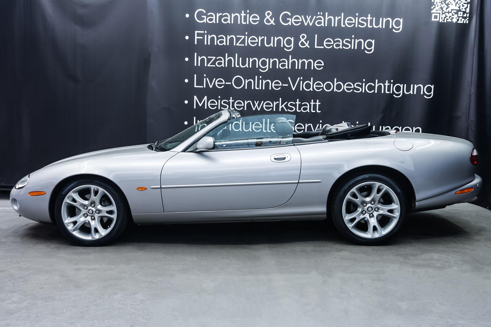 Jaguar_XK8_4.0_Silber_Schwarz_JAG-9731_6_w