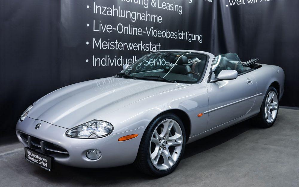 Jaguar_XK8_4.0_Silber_Schwarz_JAG-9731_7_w