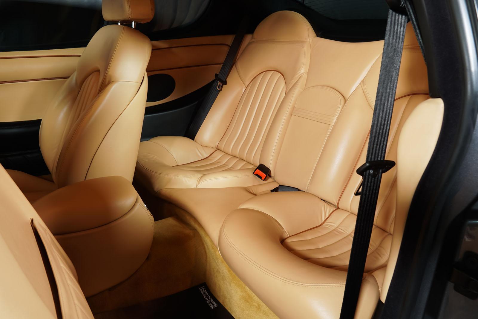 Maserati_3200_GTA_Grau_Beige_MAS-0874_8_w