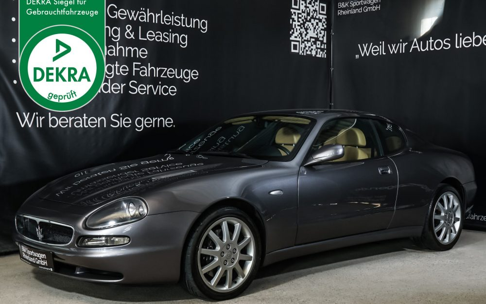 Maserati_3200_GTA_Grau_Beige_MAS-0874_Plakette_w.jpg