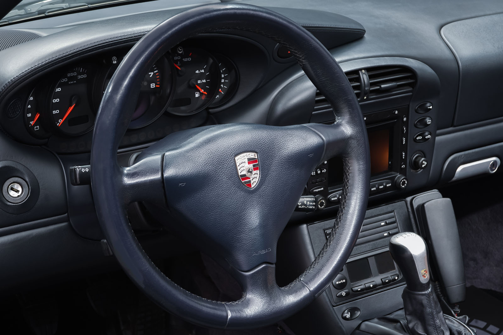 Porsche_996_Cabrio_Silber_Dunkelblau_POR-1724_11_w