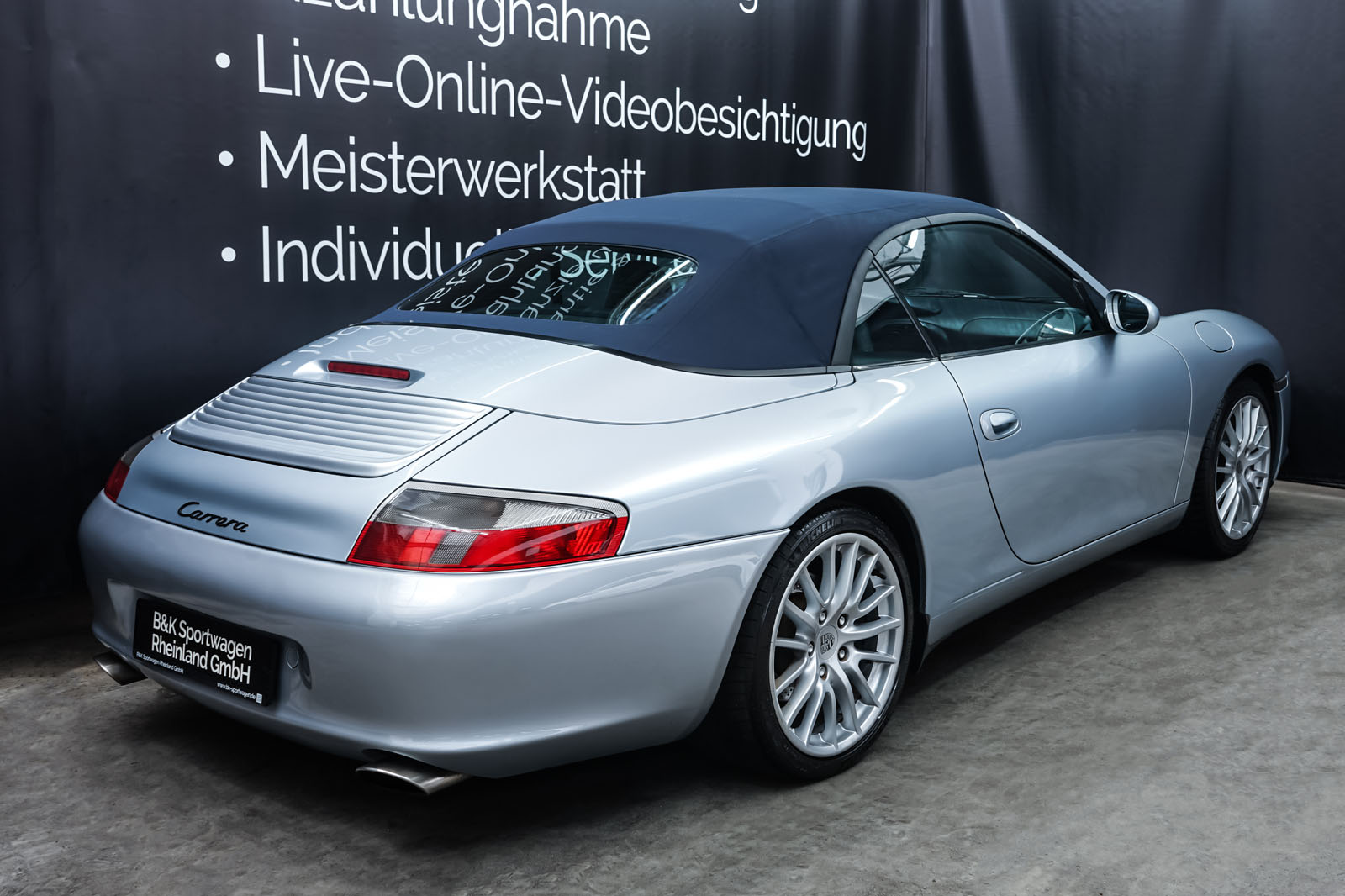 Porsche_996_Cabrio_Silber_Dunkelblau_POR-1724_20_w