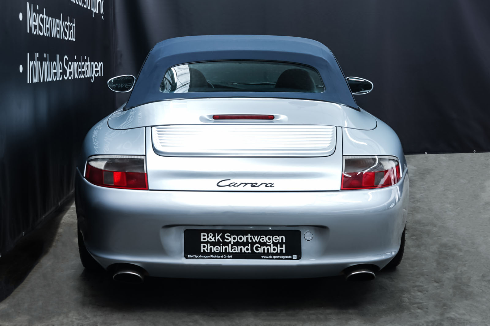 Porsche_996_Cabrio_Silber_Dunkelblau_POR-1724_21_w