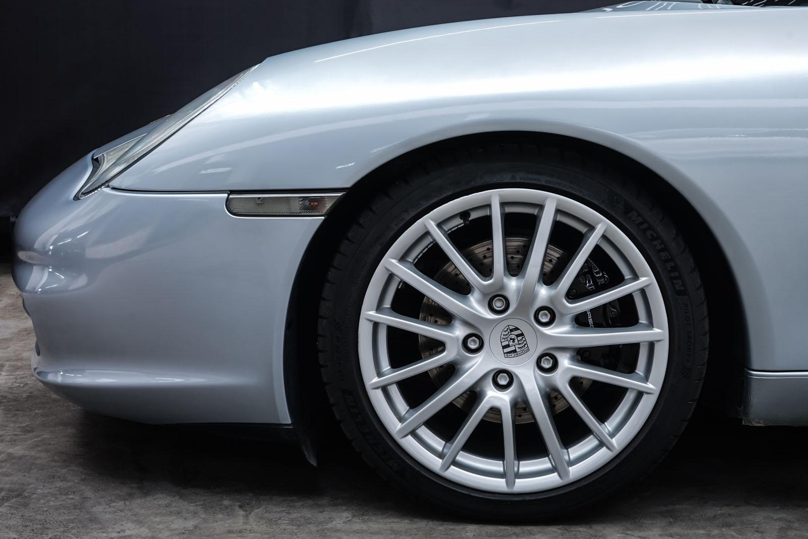 Porsche_996_Cabrio_Silber_Dunkelblau_POR-1724_3_w