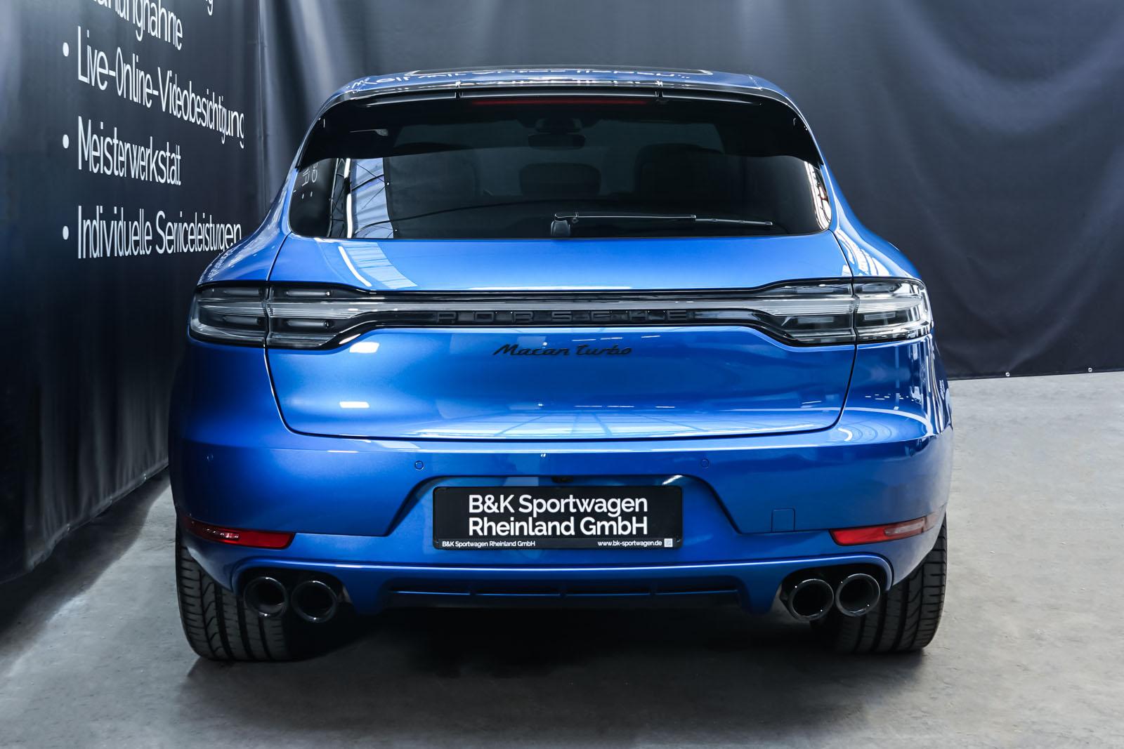 Porsche_Macan_Turbo_Blau_Weiß_POR-2038_16_w