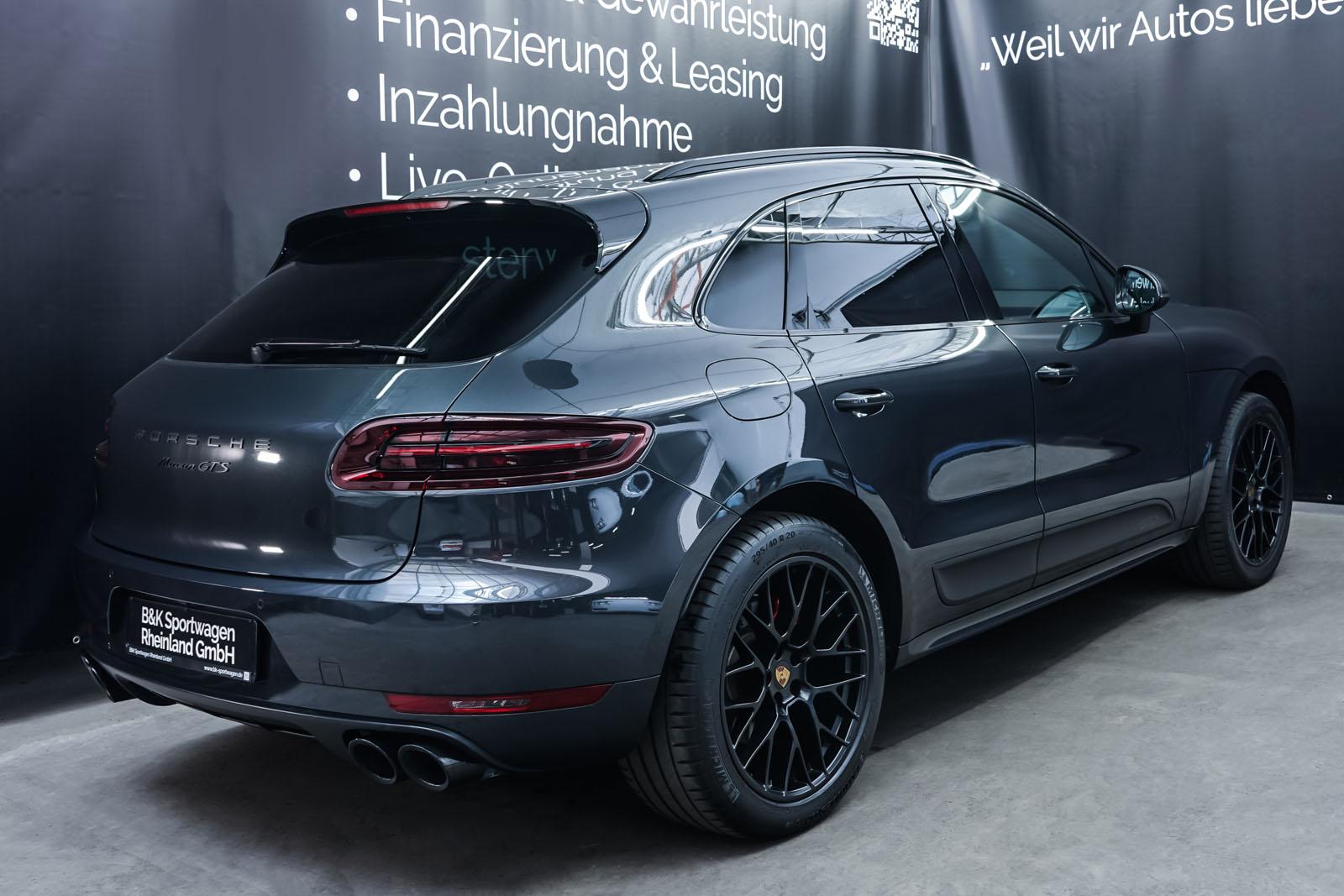 Porsche_Macan_GTS_Dunkelgrau_Schwarz_POR-8174_14_w