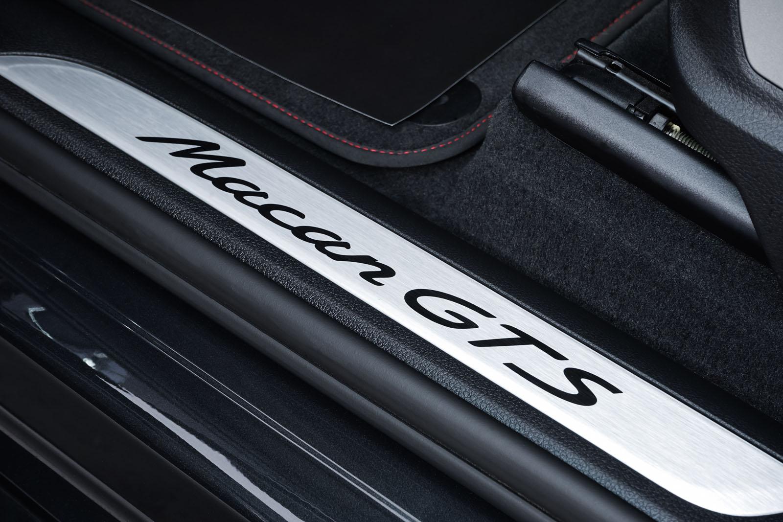 Porsche_Macan_GTS_Dunkelgrau_Schwarz_POR-8174_9_w