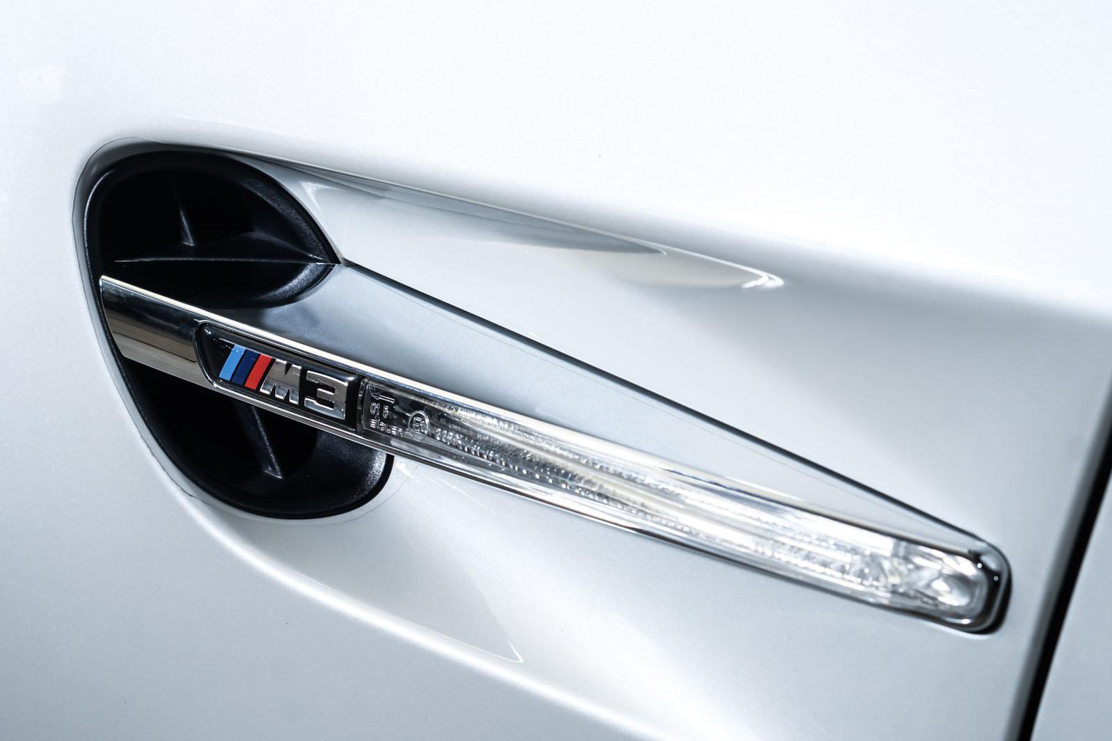 BMW_M3_Cabrio_Weiß_Schwarz_BMW-5973_12_w