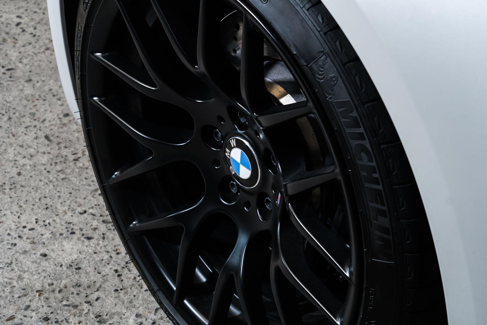 BMW_M3_Cabrio_Weiß_Schwarz_BMW-5973_13_w