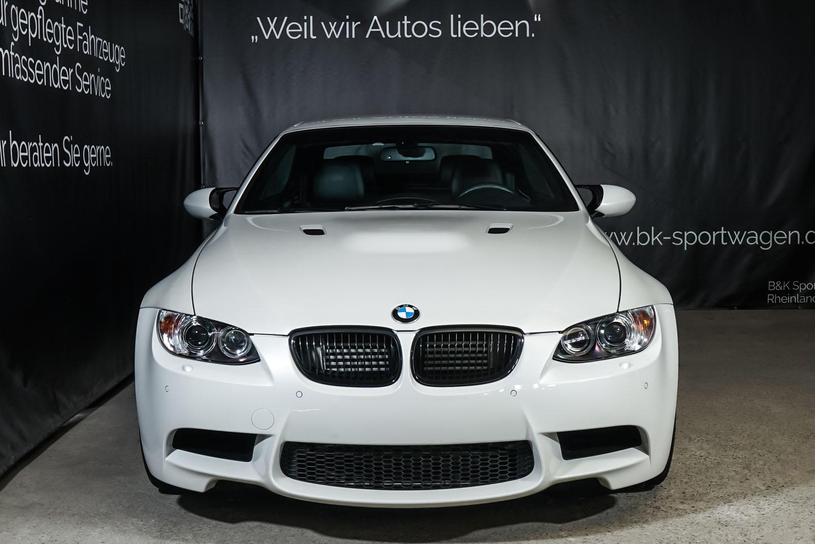 BMW_M3_Cabrio_Weiß_Schwarz_BMW-5973_1_w