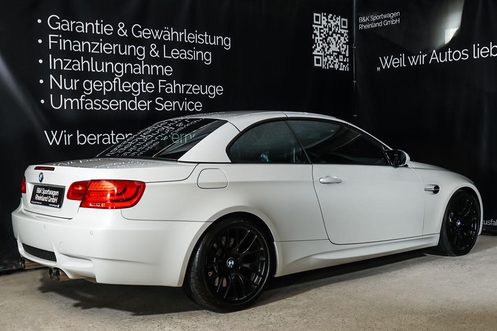 BMW_M3_Cabrio_Weiß_Schwarz_BMW-5973_23_w