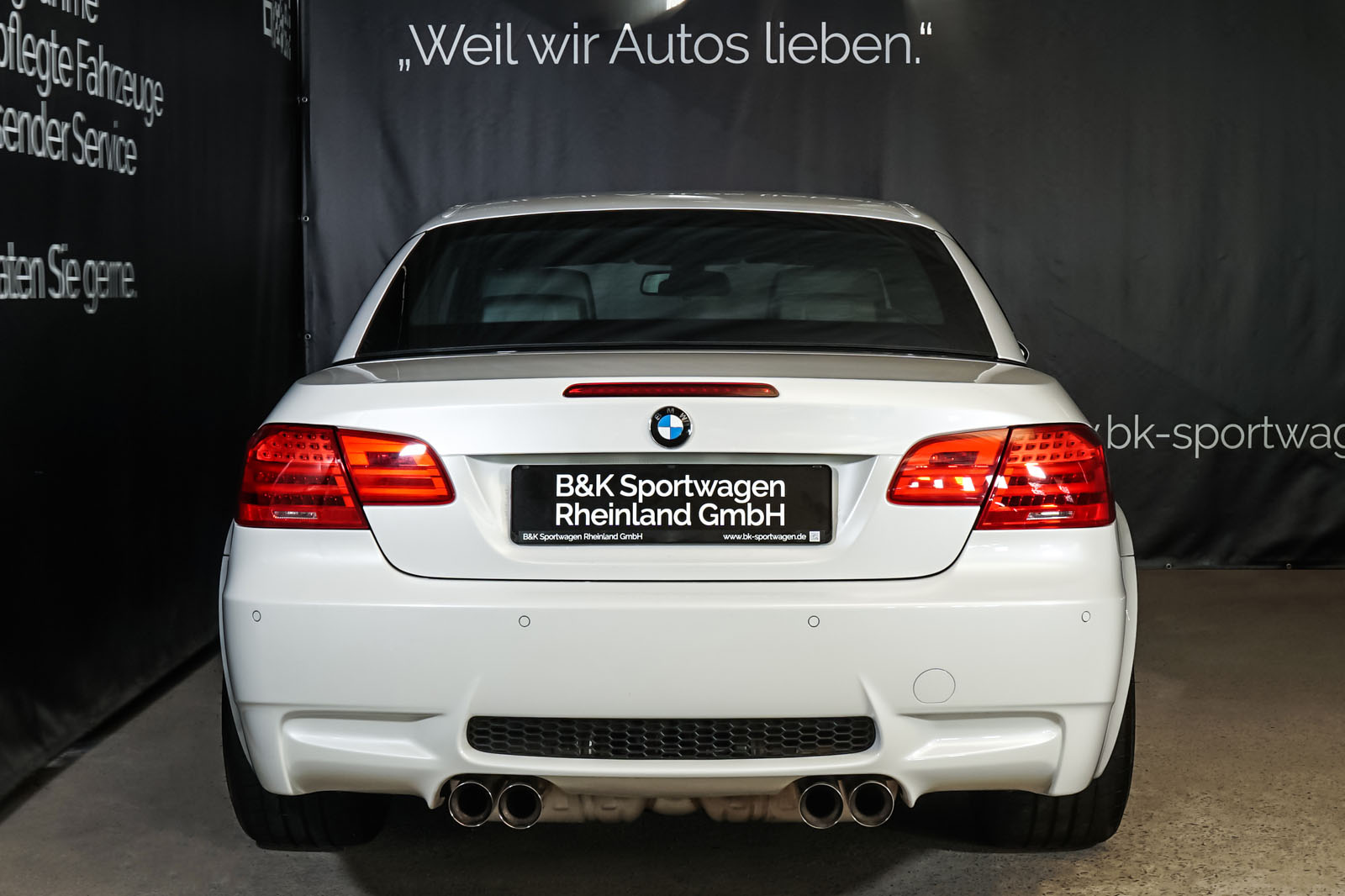 BMW_M3_Cabrio_Weiß_Schwarz_BMW-5973_24_w