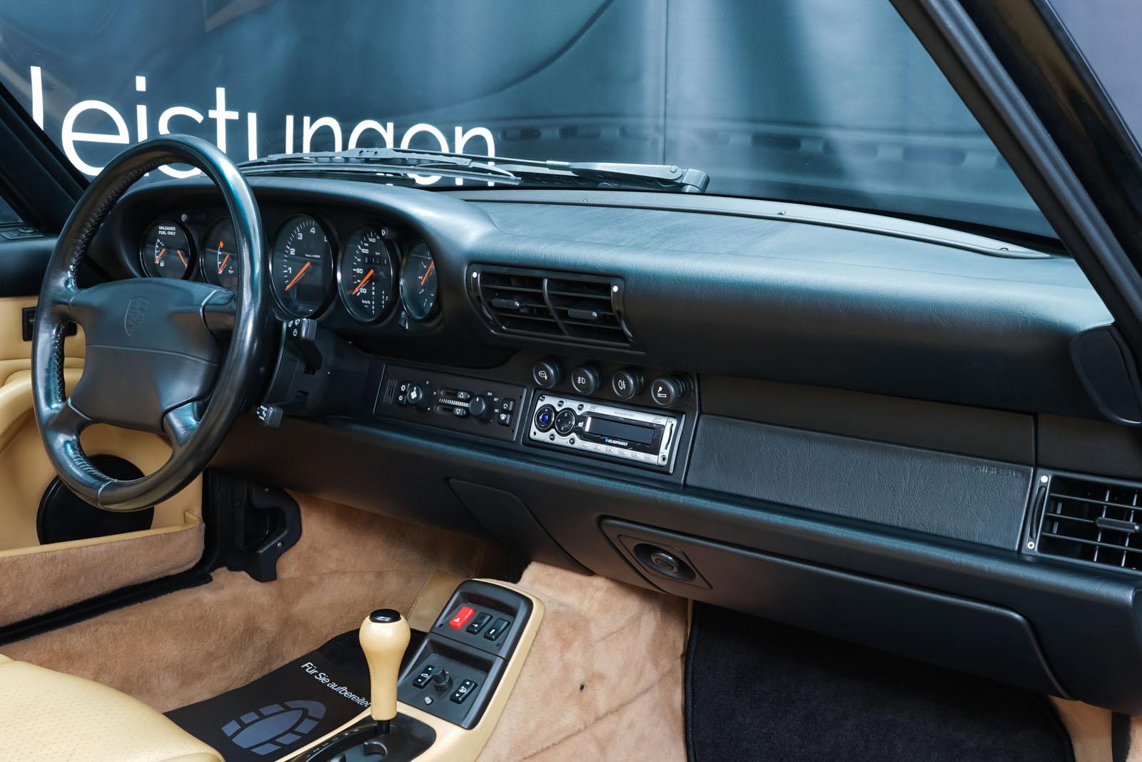 Porsche_993_C2_Cabrio_Black_Beige_POR-0137_14_w