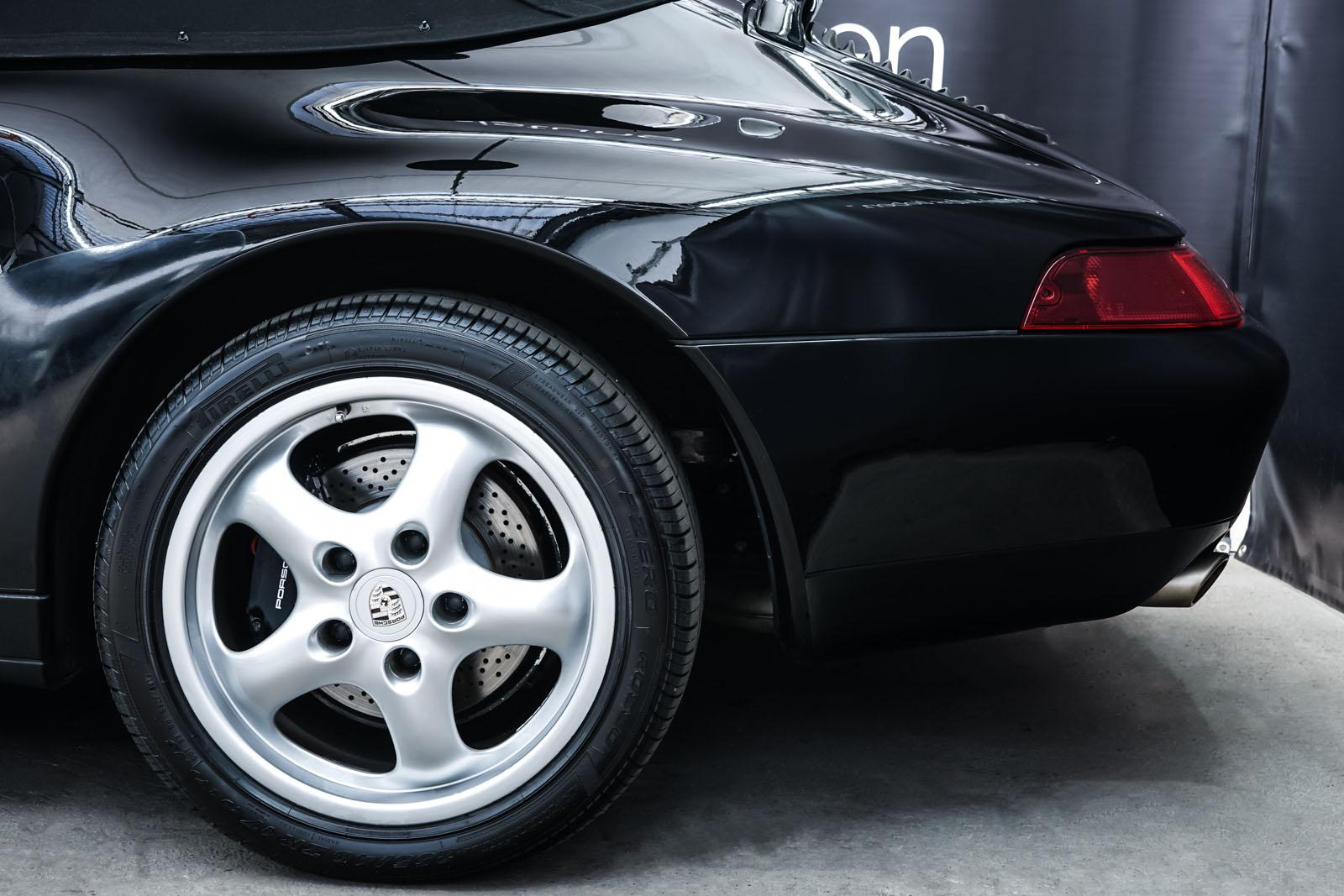 Porsche_993_C2_Cabrio_Black_Beige_POR-0137_4_w