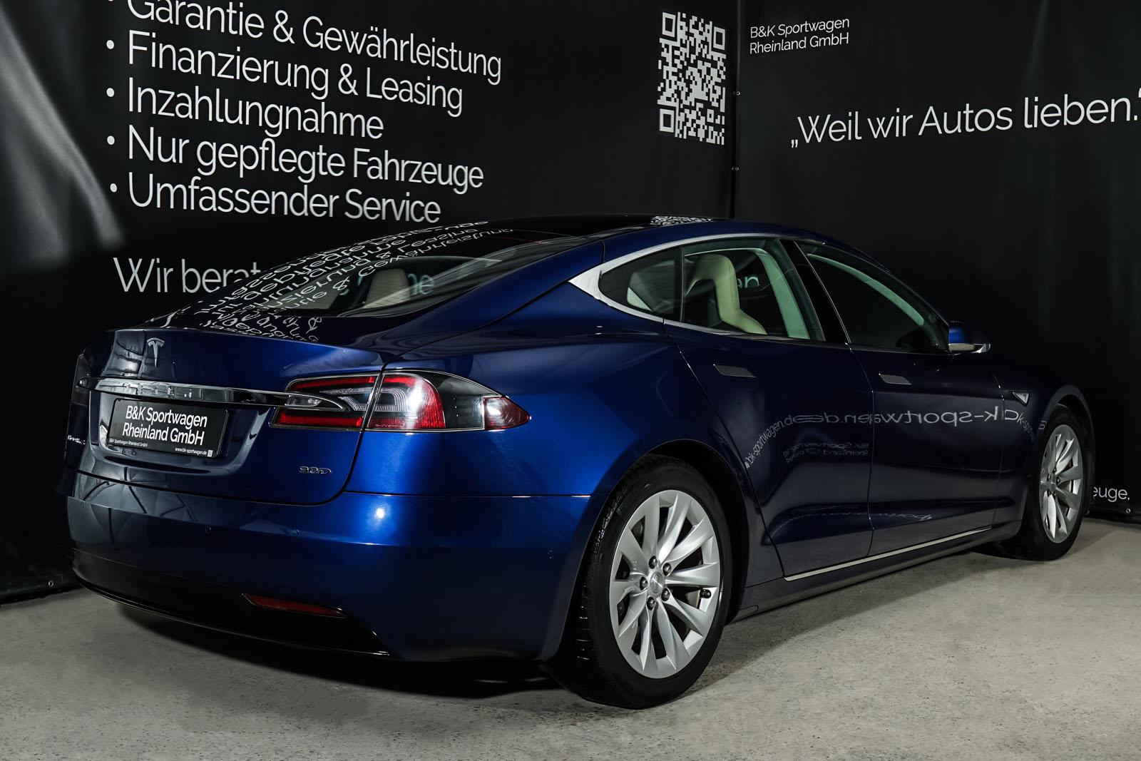 Tesla_ModelS_90D_Blau_Beige_TES-5091_16_w