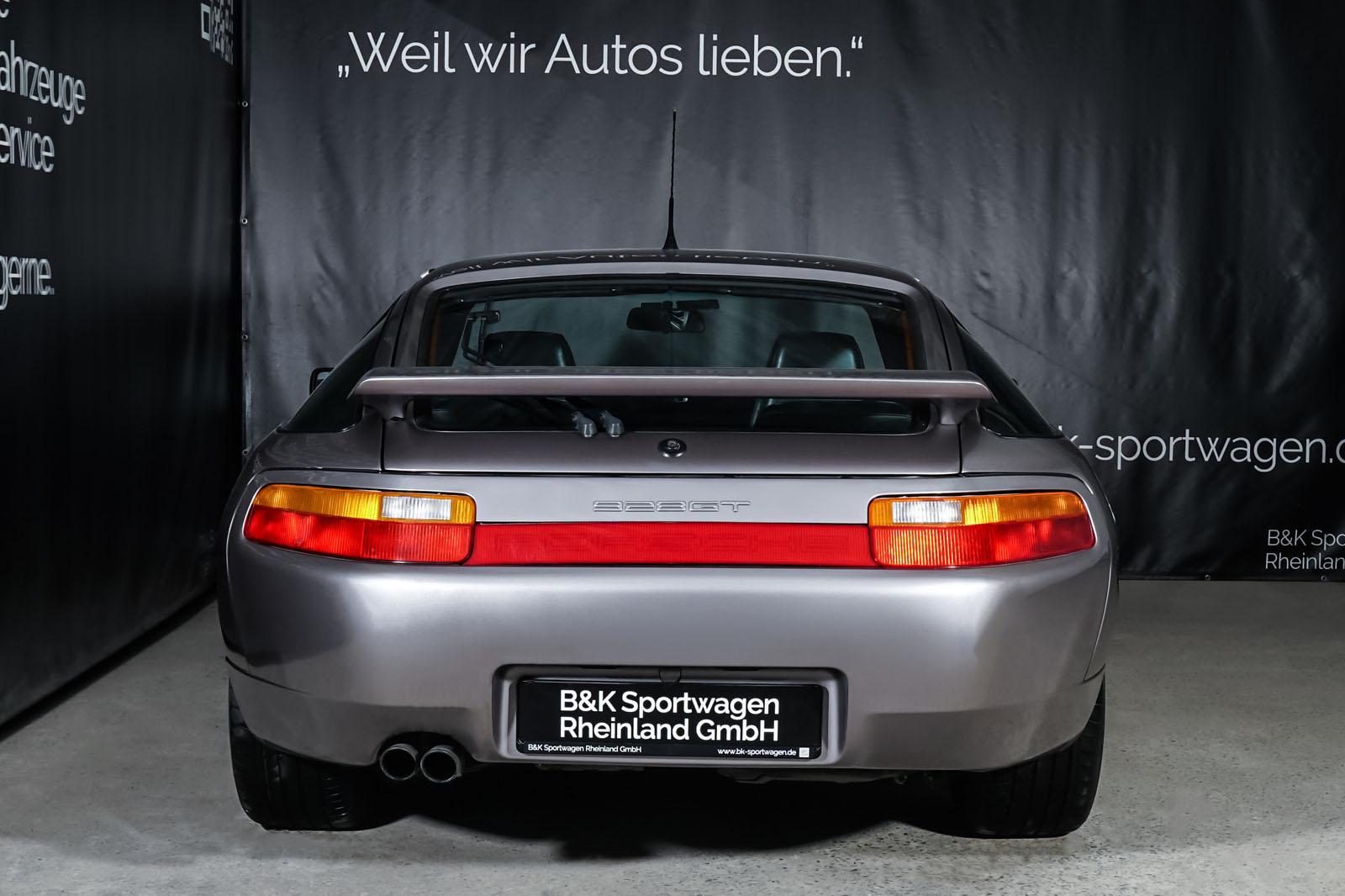 Porsche_928_Grey_Black_POR-0325_13_w
