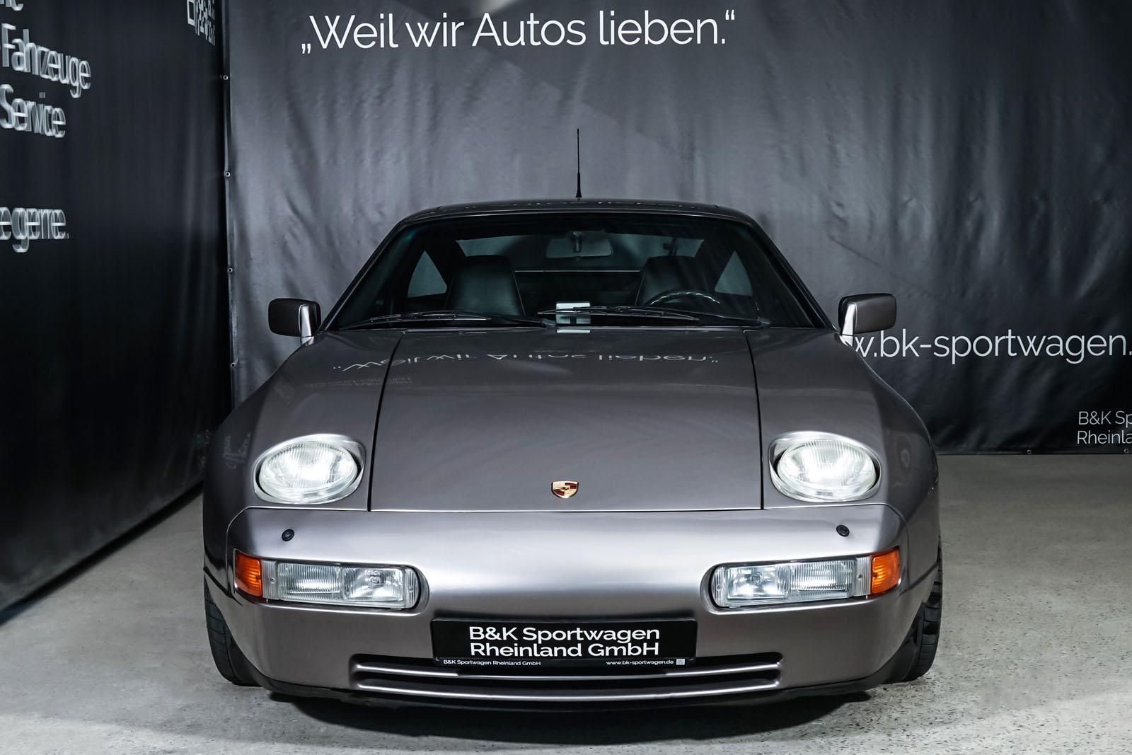 Porsche_928_Grey_Black_POR-0325_1_w