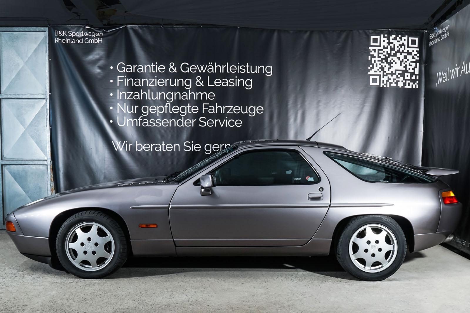 Porsche_928_Grey_Black_POR-0325_5_w