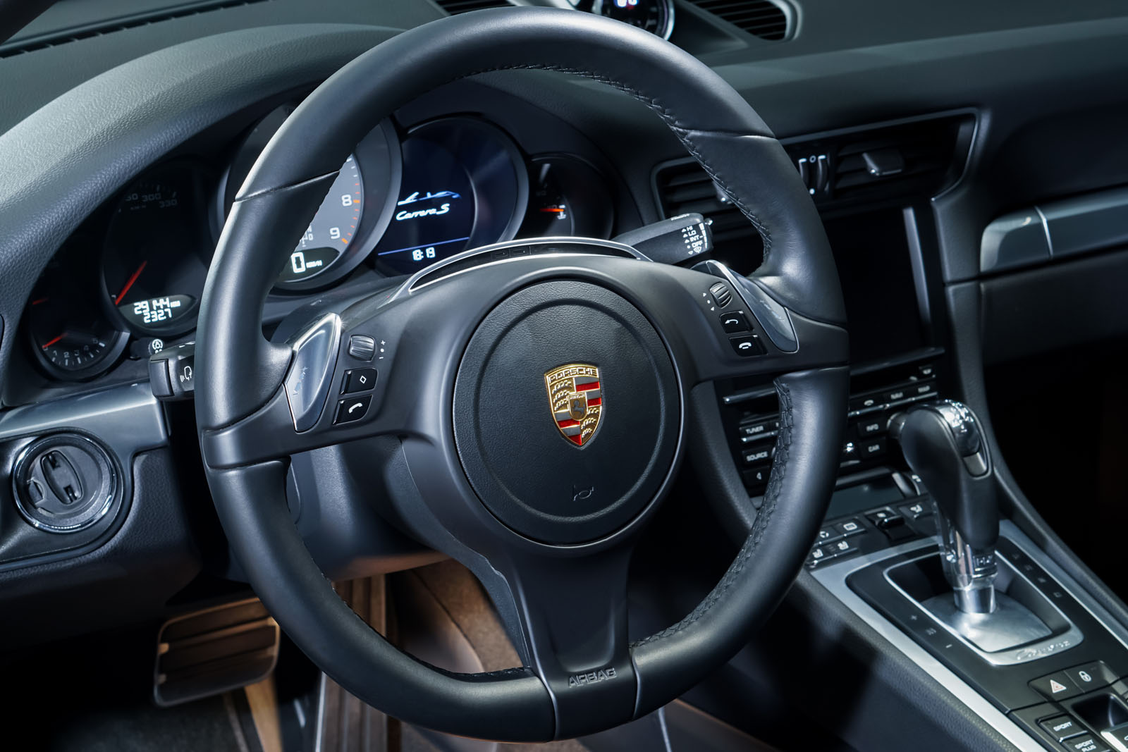 Porsche_991_CarreraS_Cabrio_Schwarz_Schwarz_POR-7555_10_w