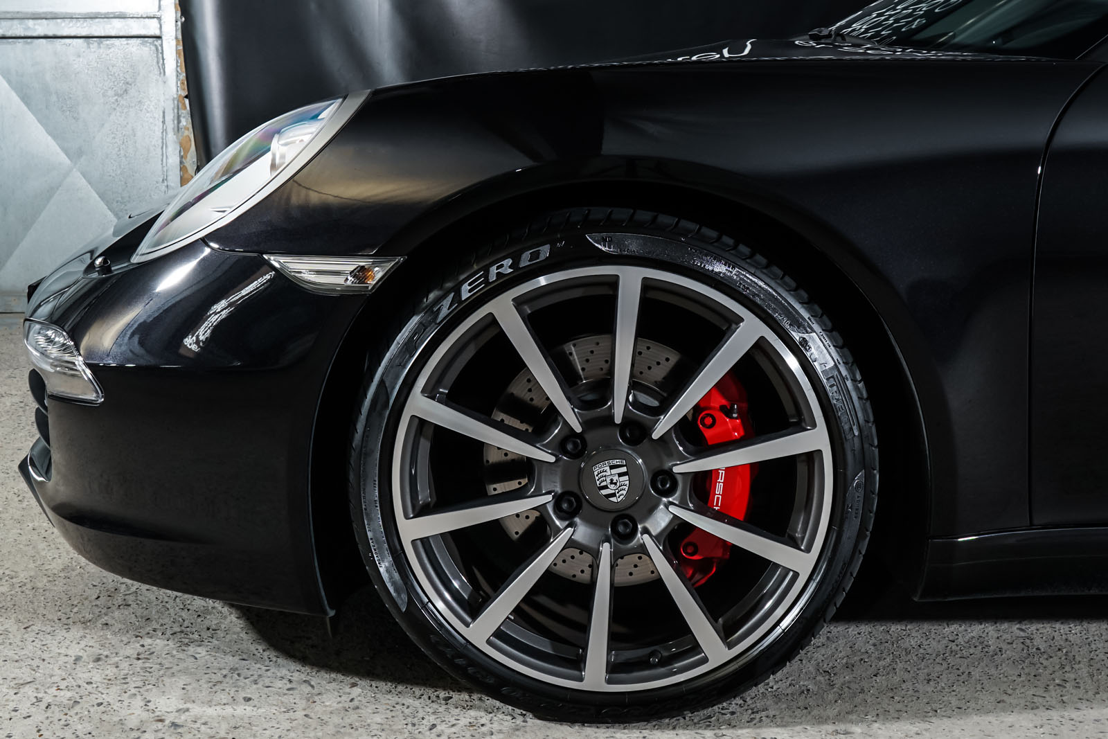 Porsche_991_CarreraS_Cabrio_Schwarz_Schwarz_POR-7555_3_w
