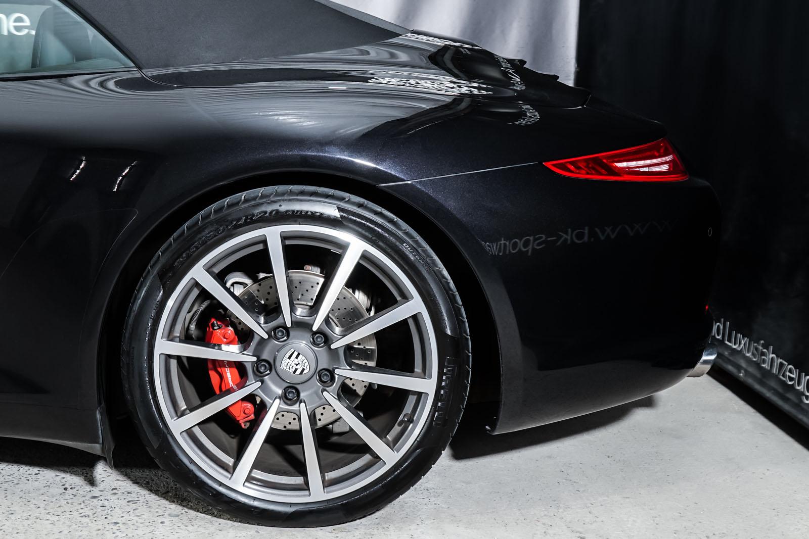 Porsche_991_CarreraS_Cabrio_Schwarz_Schwarz_POR-7555_4_w