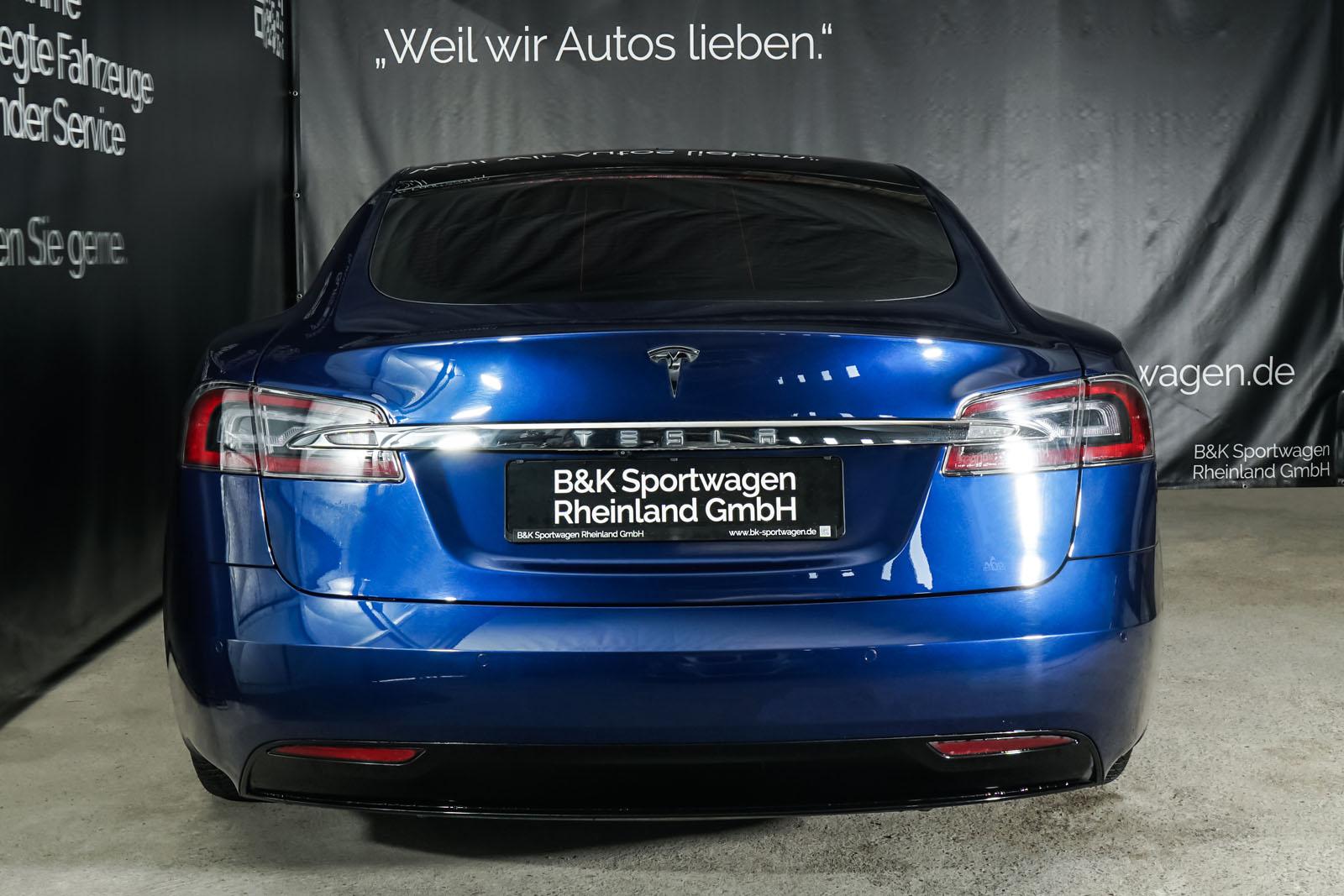 Tesla_ModelS_75RWD_Blau_Schwarz_TES-5563_18_w