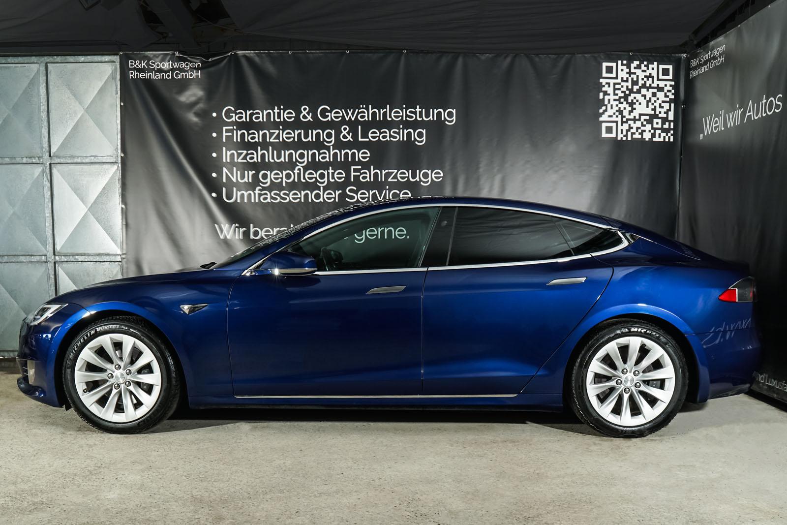 Tesla_ModelS_75RWD_Blau_Schwarz_TES-5563_5_w