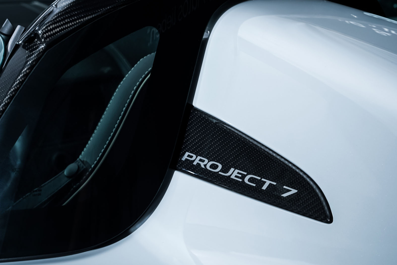 Jaguar_Project7_Weiss_Schwarz_JAG-0829_13_w