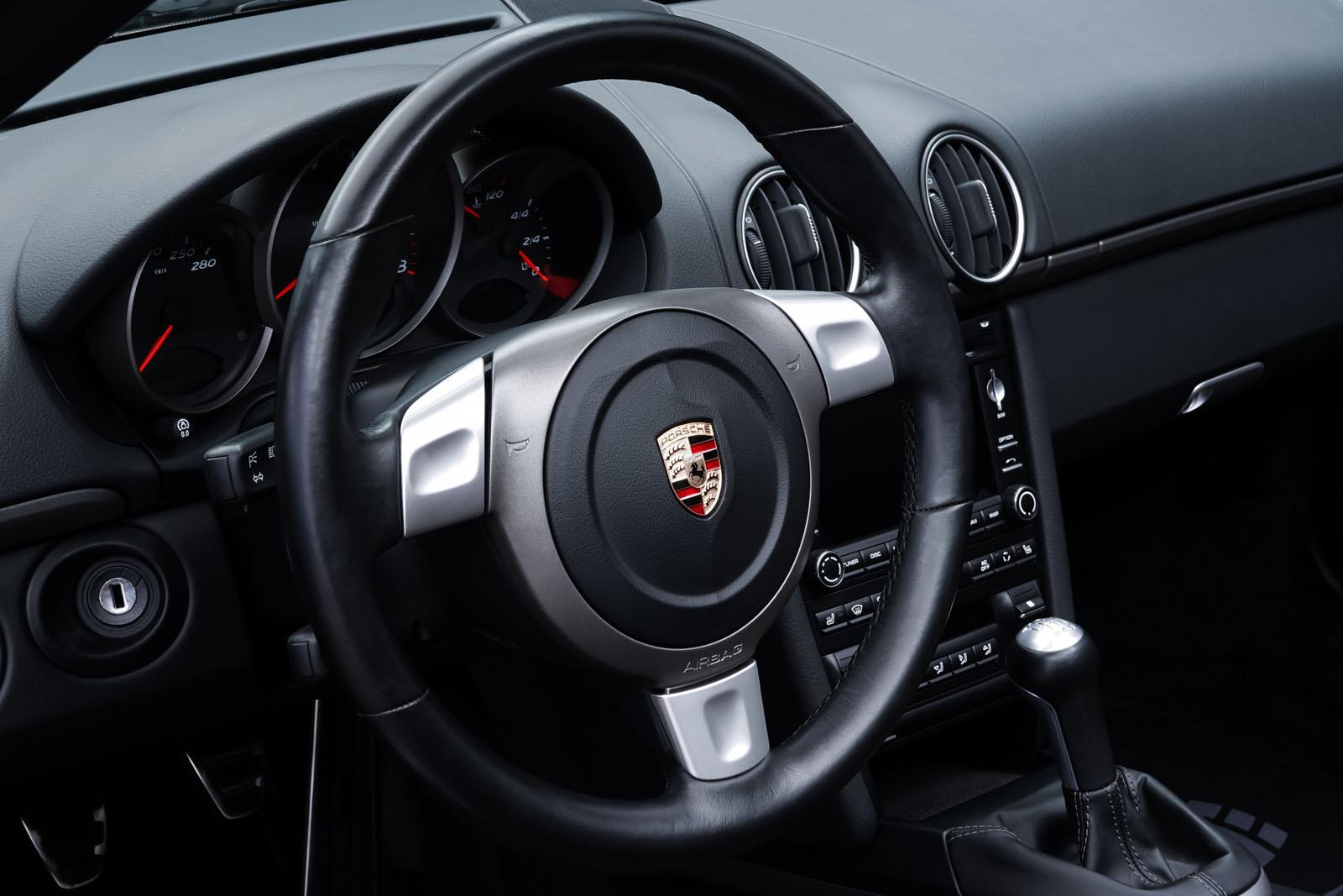Porsche_Boxster_Schwarz_Schwarz_POR-0927_11_w