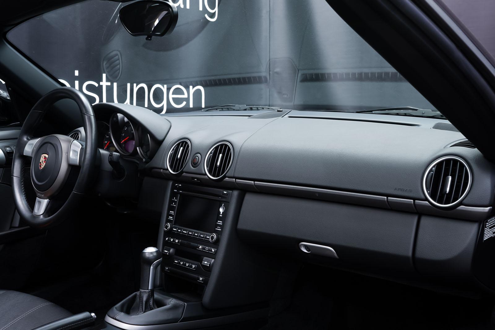 Porsche_Boxster_Schwarz_Schwarz_POR-0927_14_w