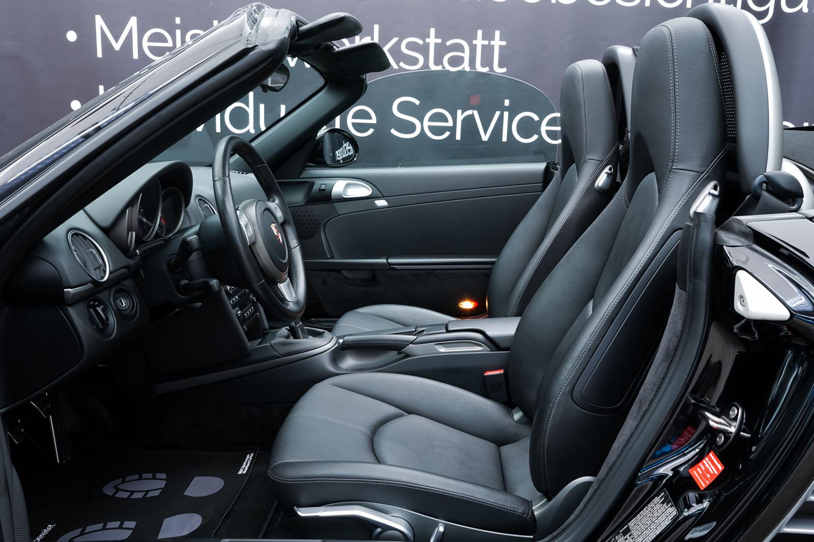 Porsche_Boxster_Schwarz_Schwarz_POR-0927_8_w